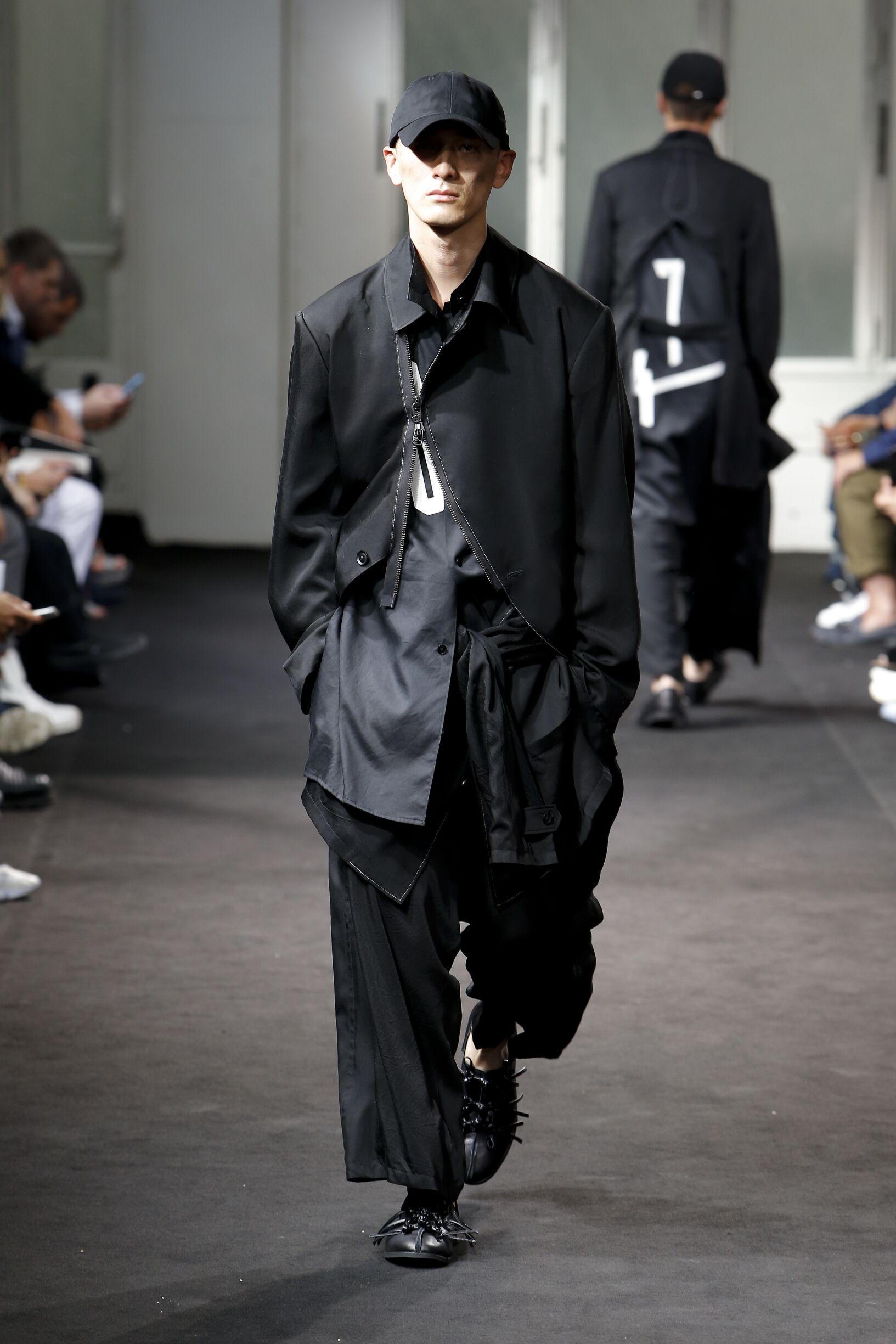 Spring 2019 Fashion Trends Yohji Yamamoto