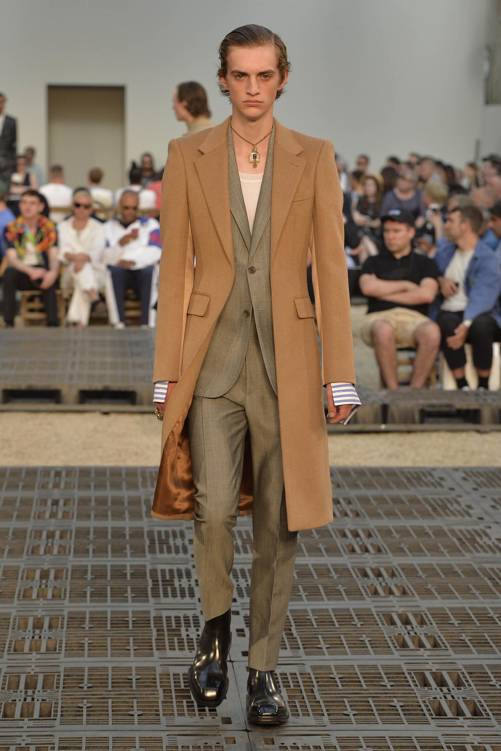 Summer 2019 Man Trends Alexander McQueen