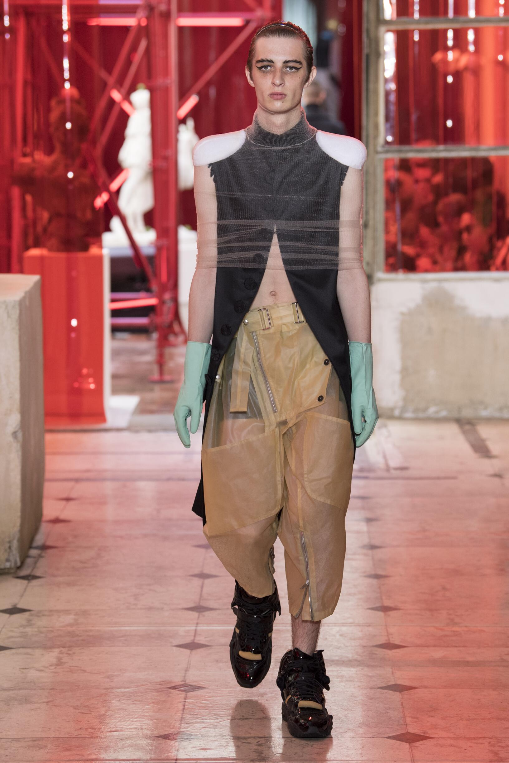 Maison Margiela Spring Summer 2019 Men S Collection The Skinny Beep