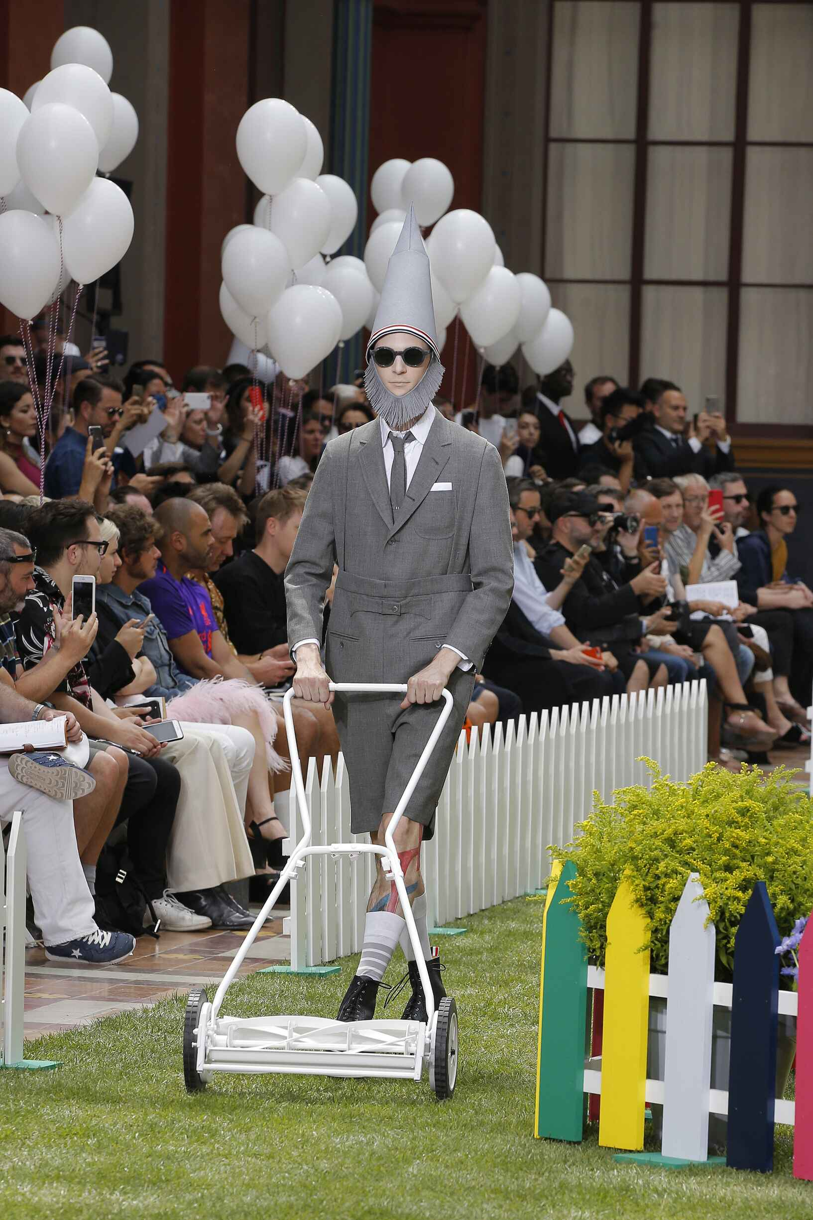 3ba7bbb6724 THOM BROWNE SPRING SUMMER 2019 MEN S COLLECTION