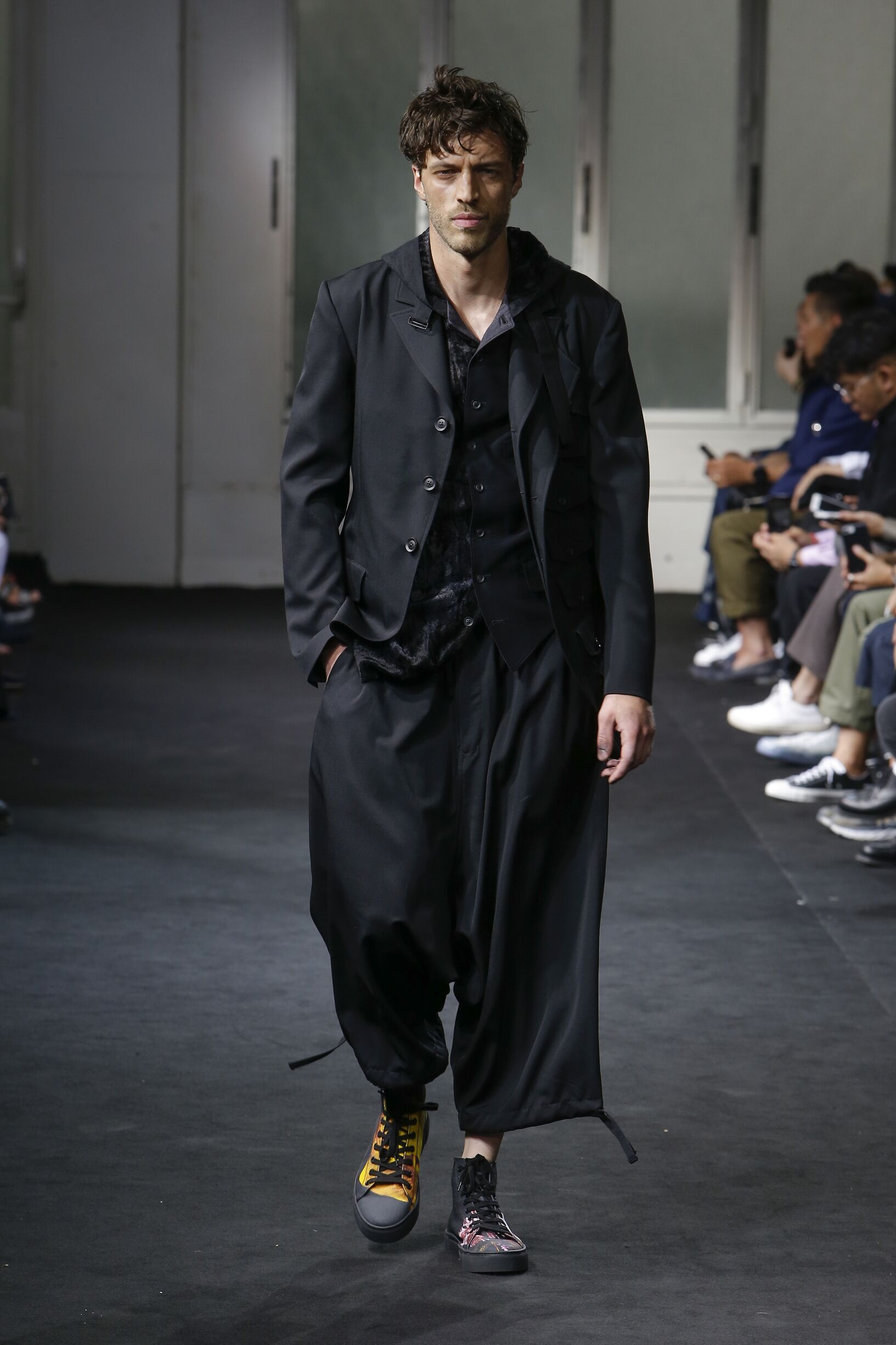 Yohji Yamamoto Fashion Show SS 2019