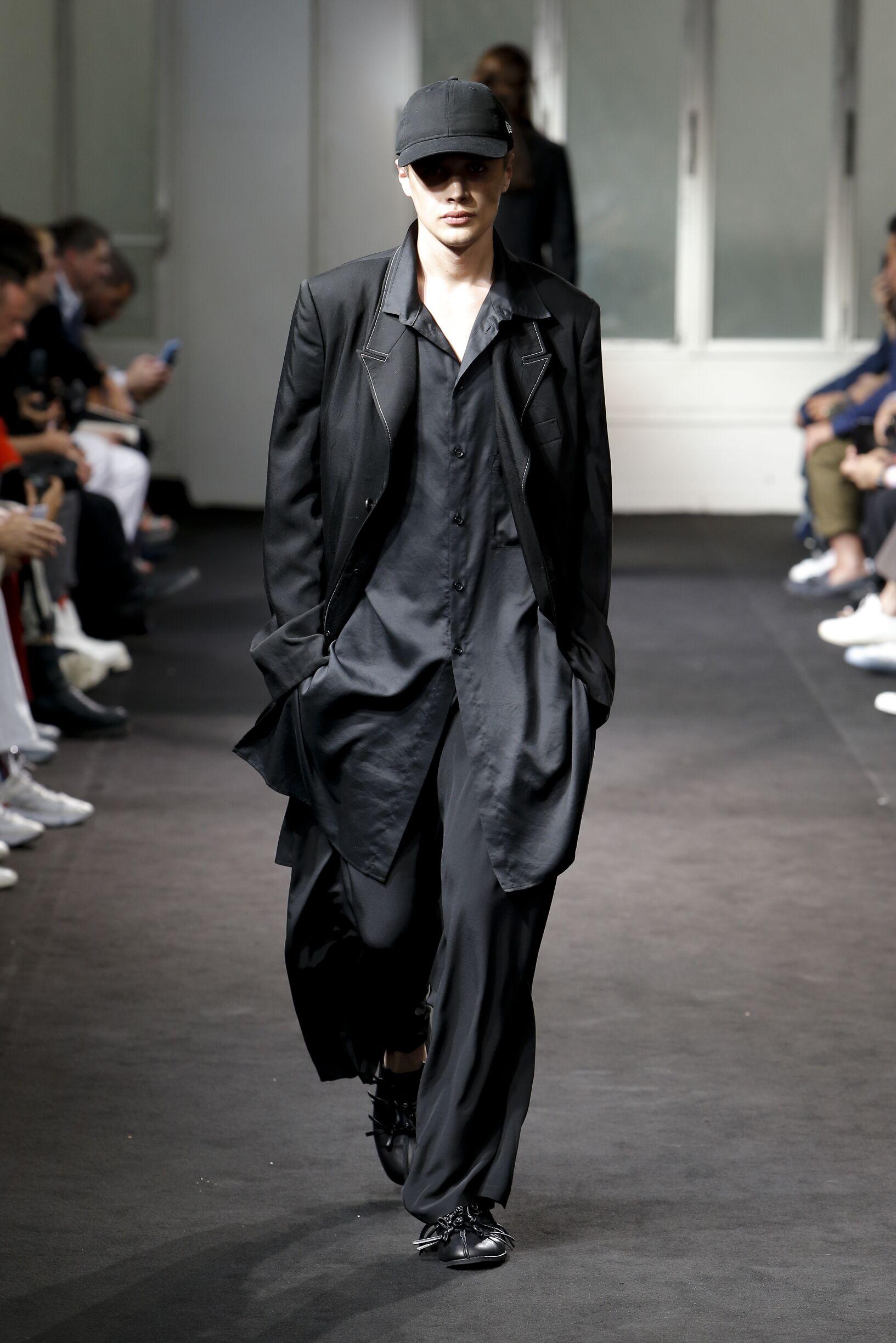 Yohji Yamamoto Spring Summer 2019 Mens Collection Paris Fashion Week