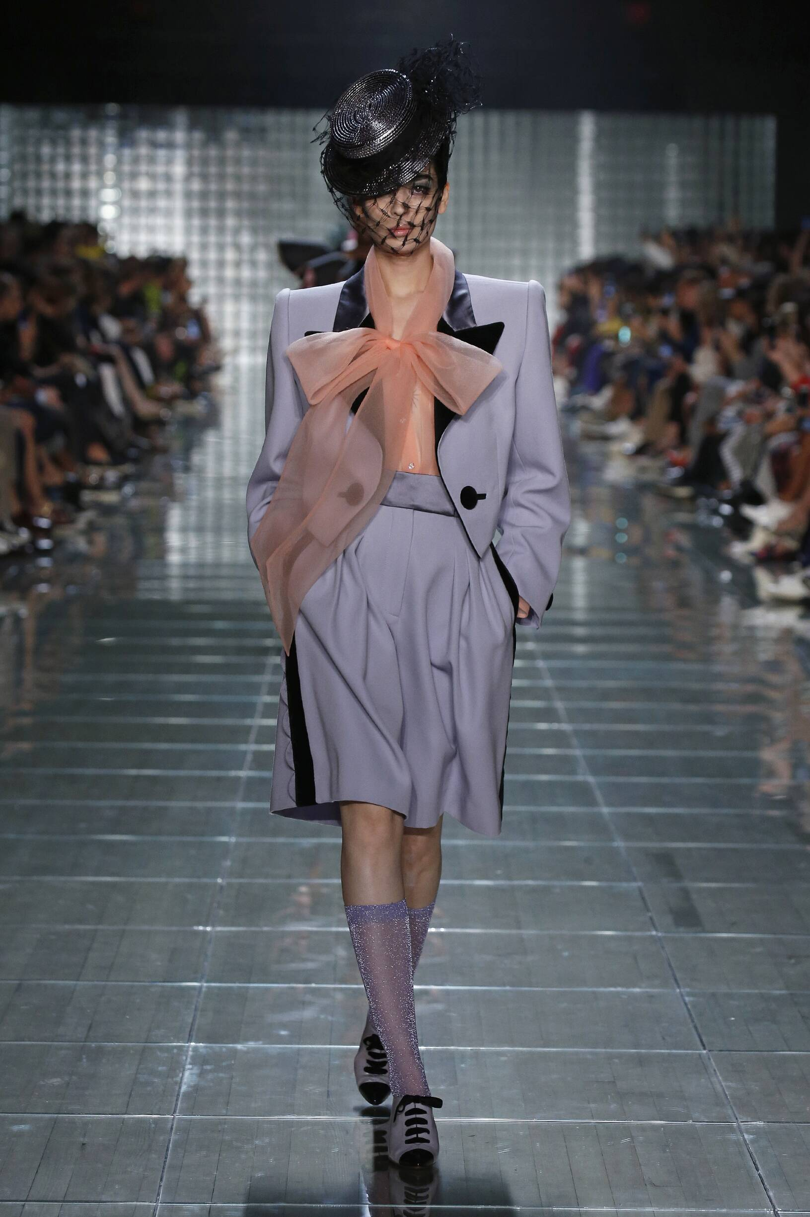 2019 Catwalk Marc Jacobs Woman Fashion Show Summer