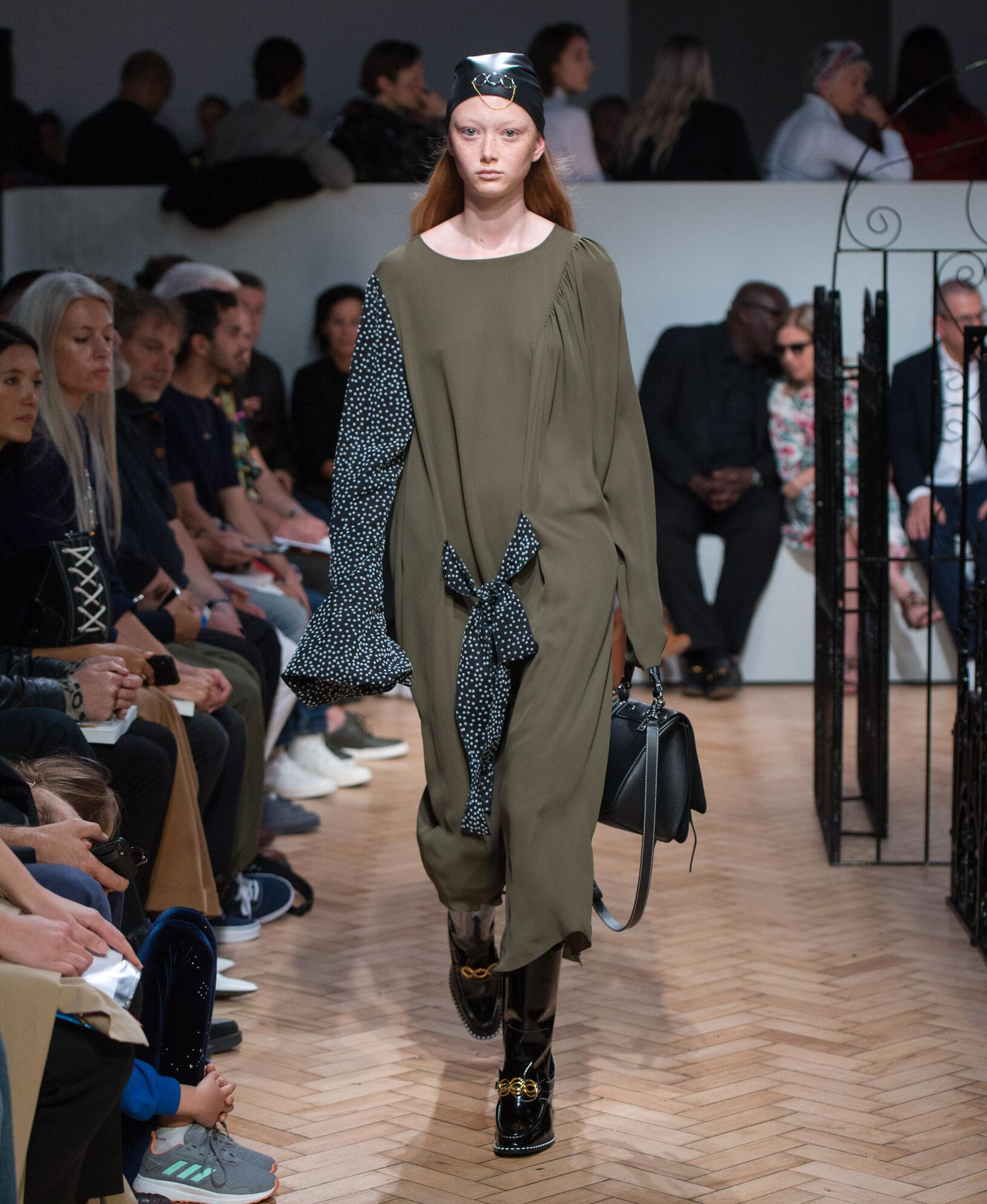 Catwalk J.W. Anderson Woman Fashion Show Summer 2019