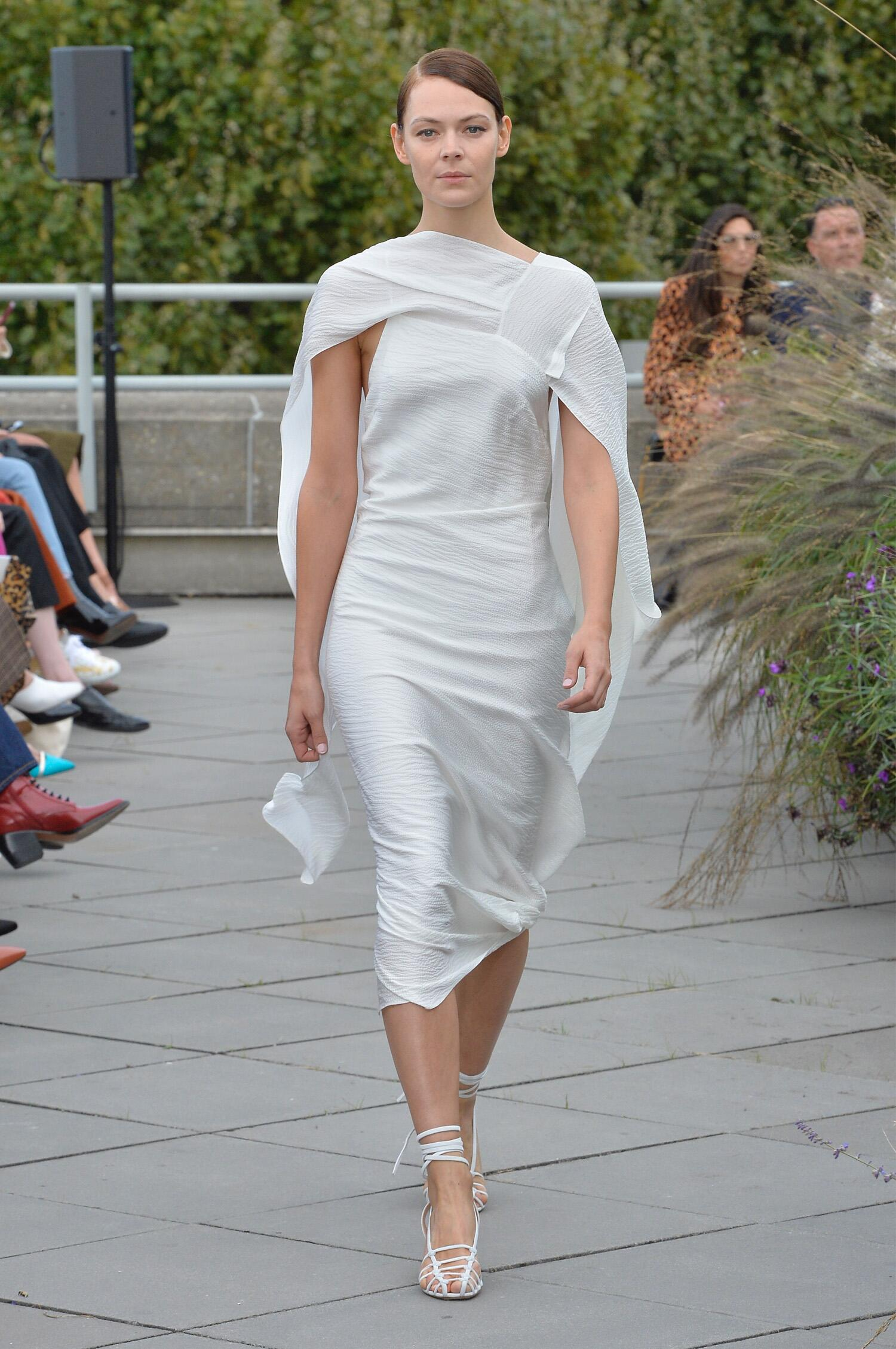Roland Mouret Spring Summer 2019 Womens Collection London Fashion Week