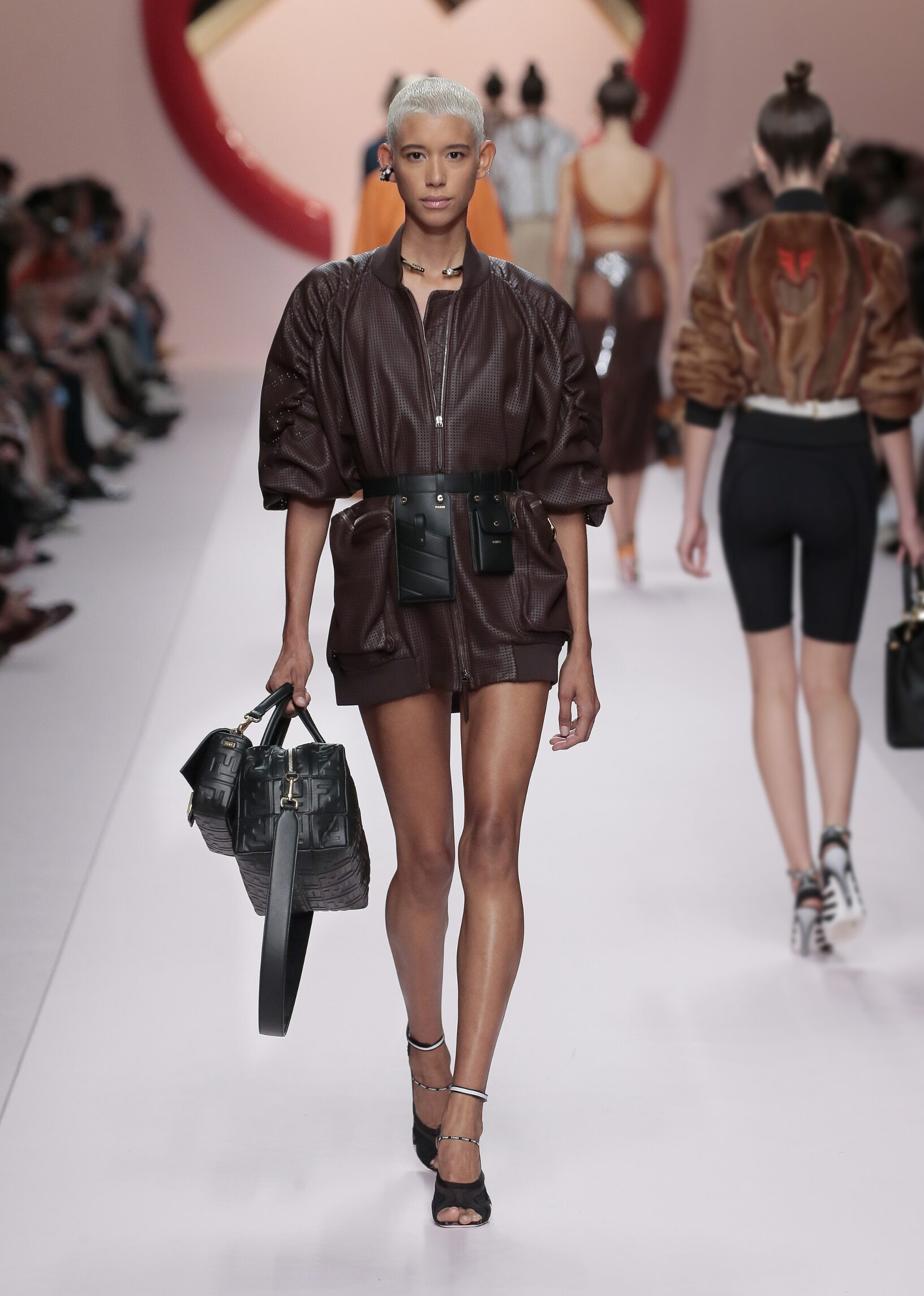 Runway Fendi Spring Summer 2019 Women's Collection Milan Fashion Week
