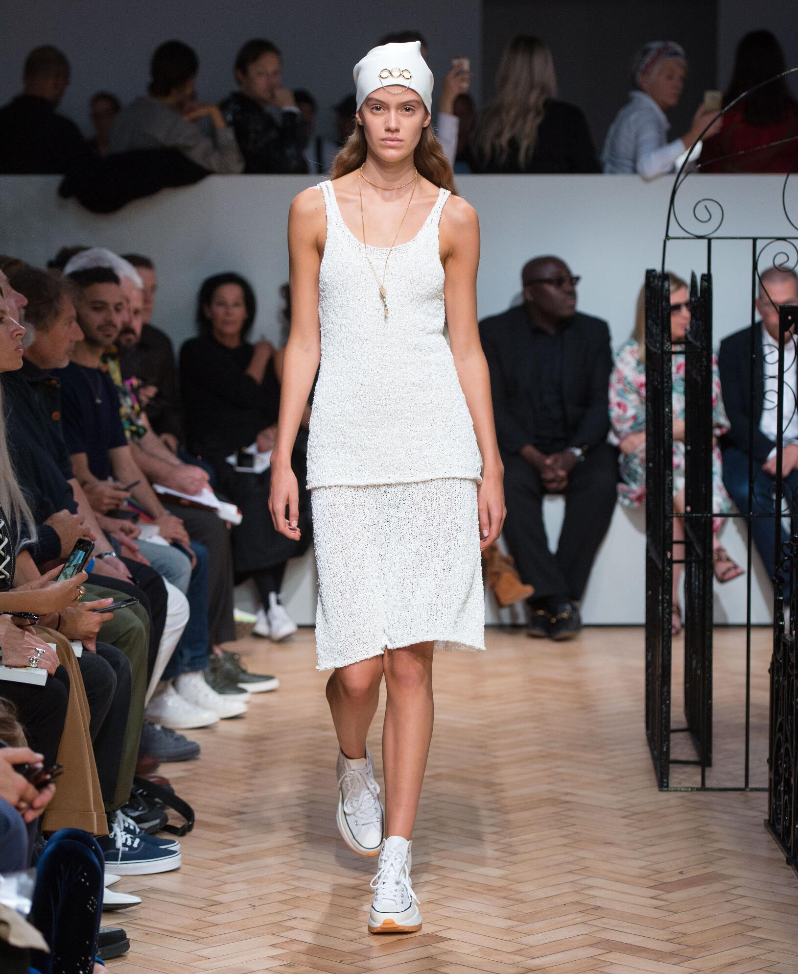 Runway J.W. Anderson Spring Summer 2019 Women's Collection London Fashion Week