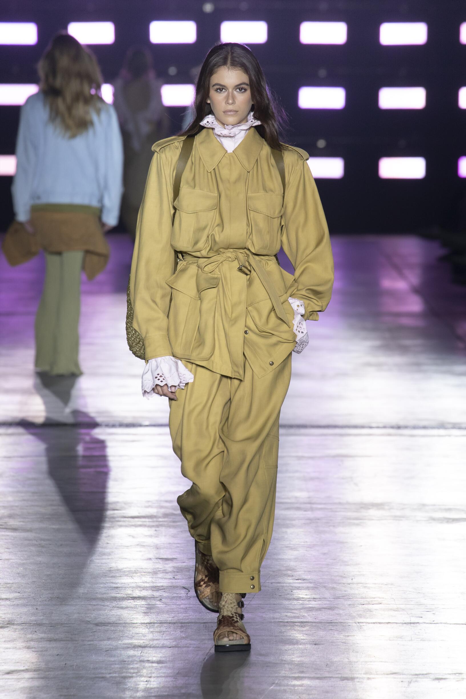 SS 2019 Fashion Show Alberta Ferretti
