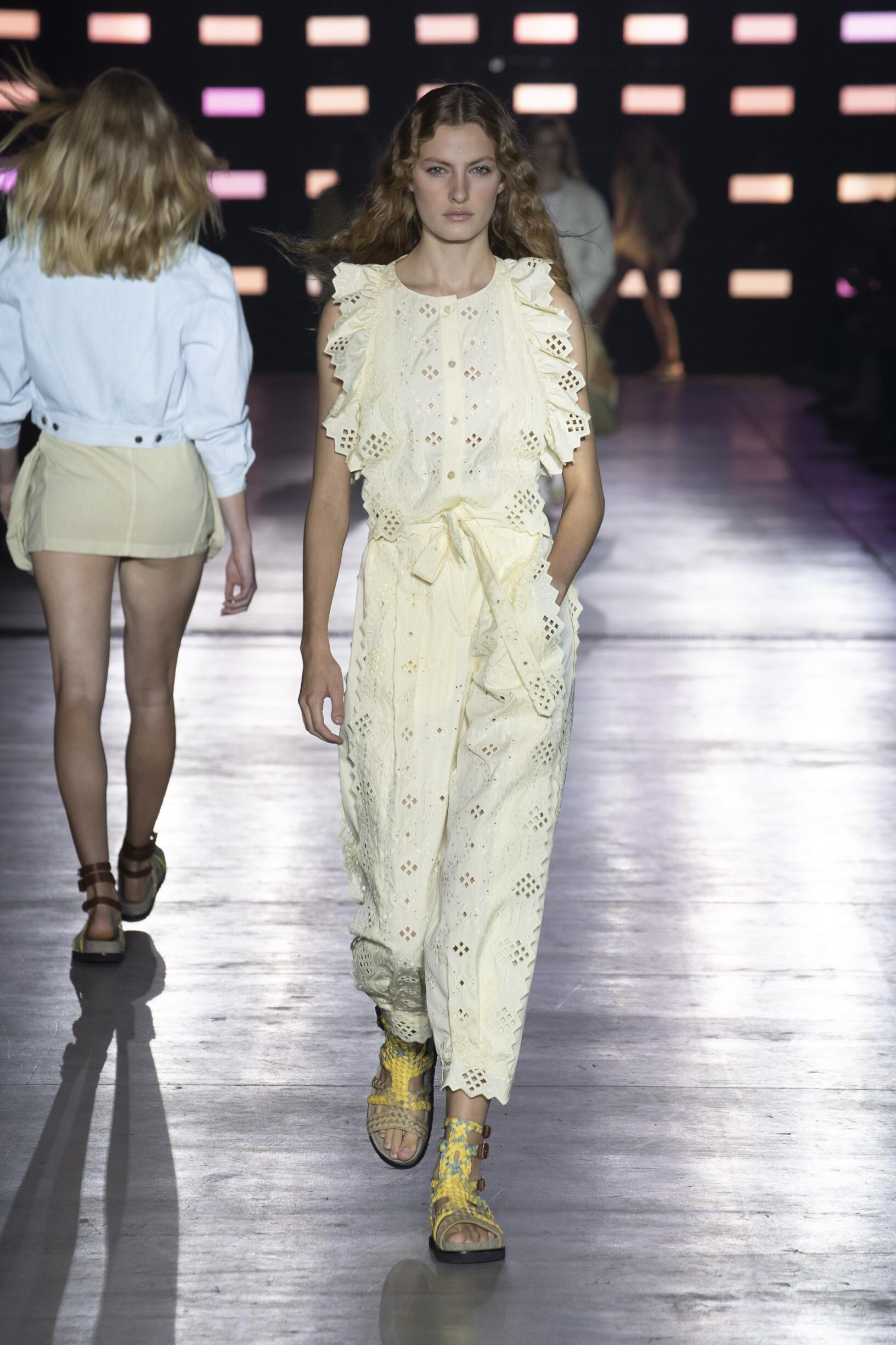 Summer 2019 Fashion Trends Alberta Ferretti