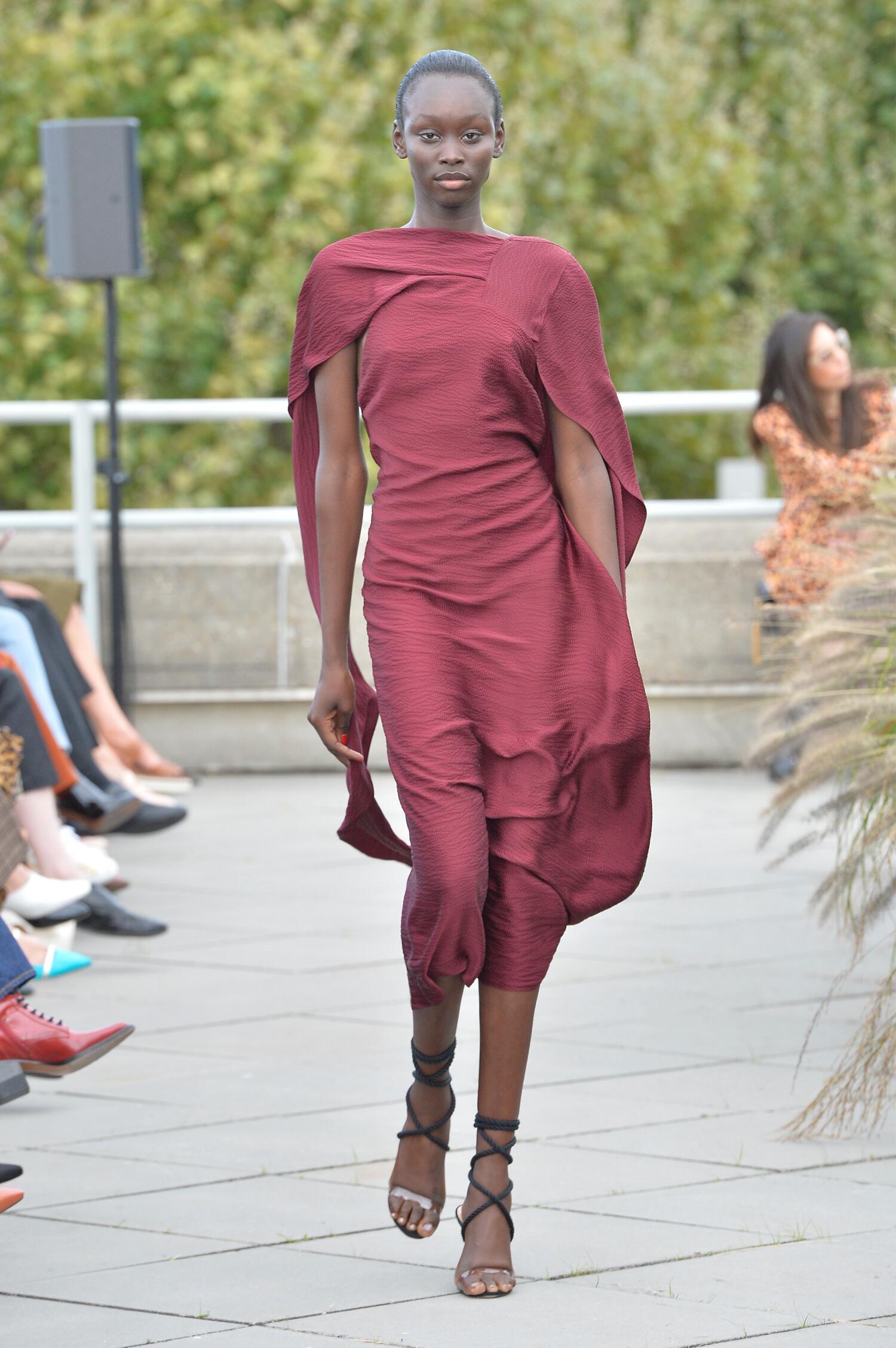 Summer 2019 Fashion Trends Roland Mouret