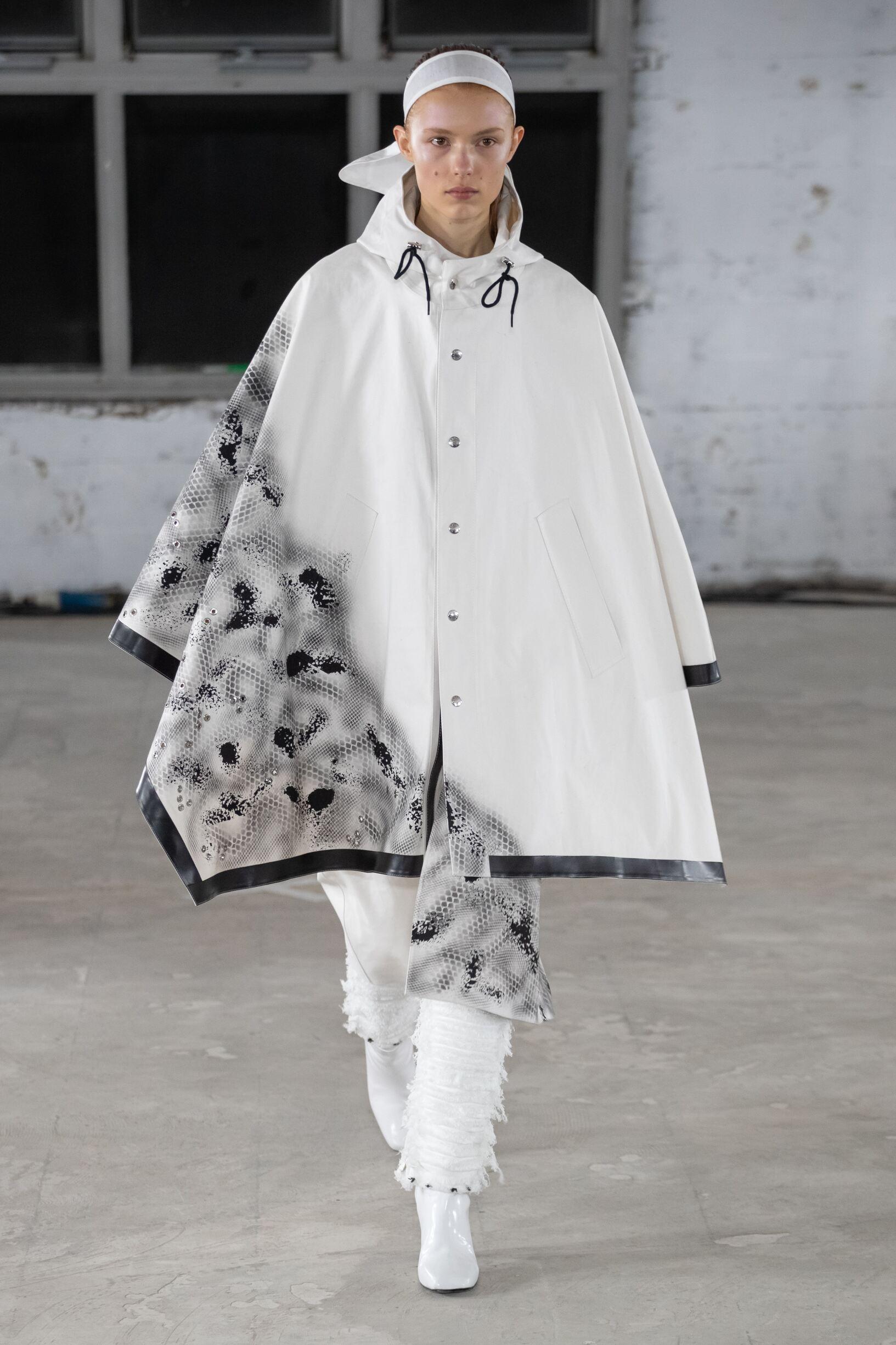 2019 ALYX Catwalk Paris Fashion Week