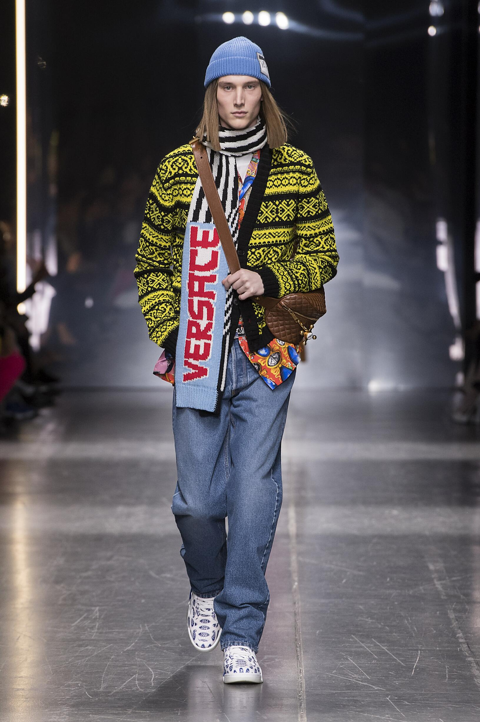 2019 Catwalk Versace Man Fashion Show Winter