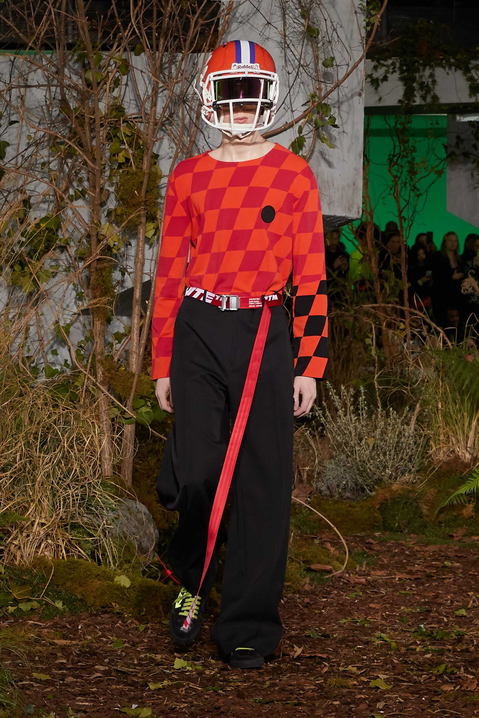 2019 Off White c/o Virgil Abloh Fall Catwalk
