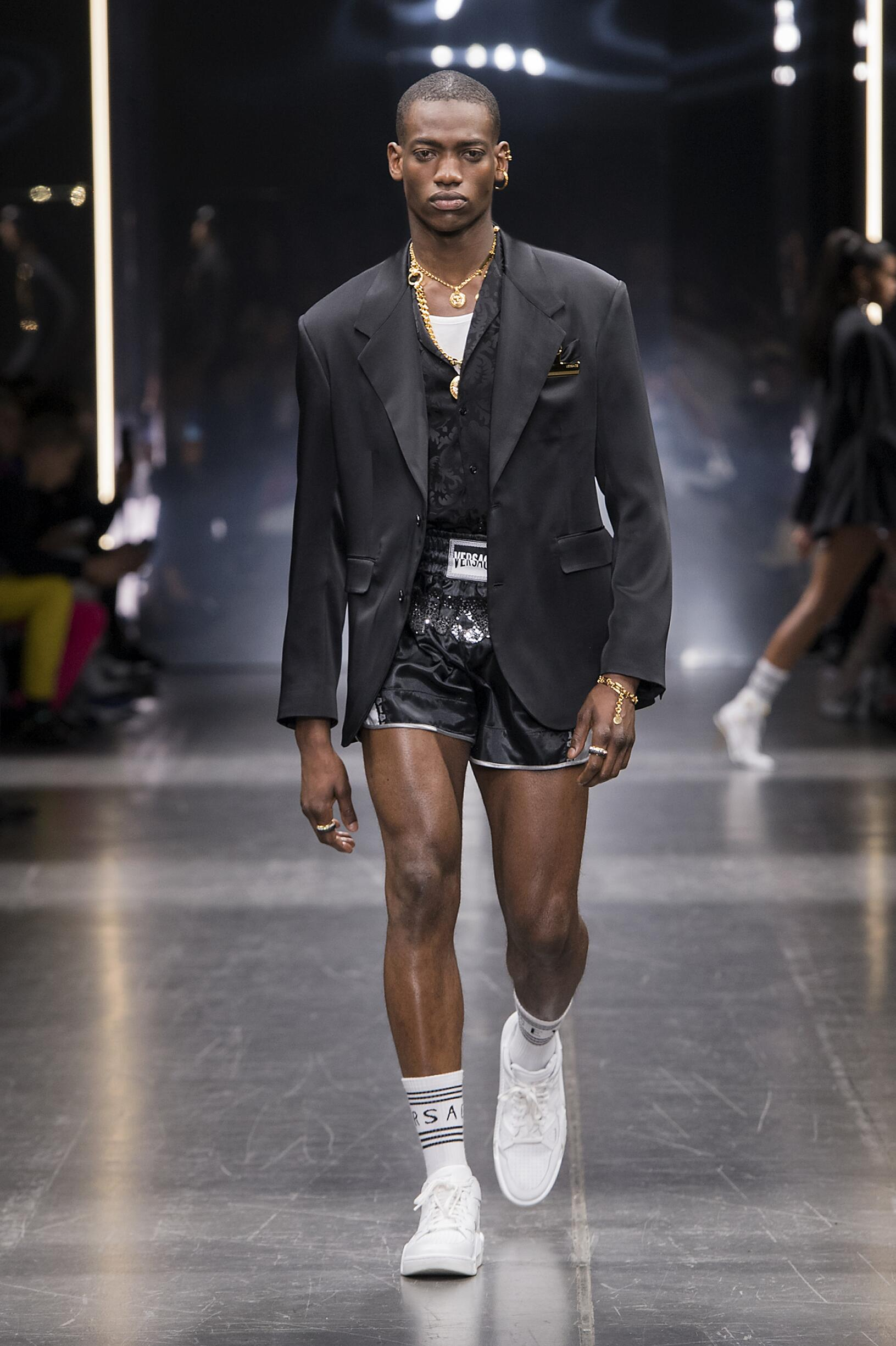 2019 Versace Catwalk Milan Fashion Week