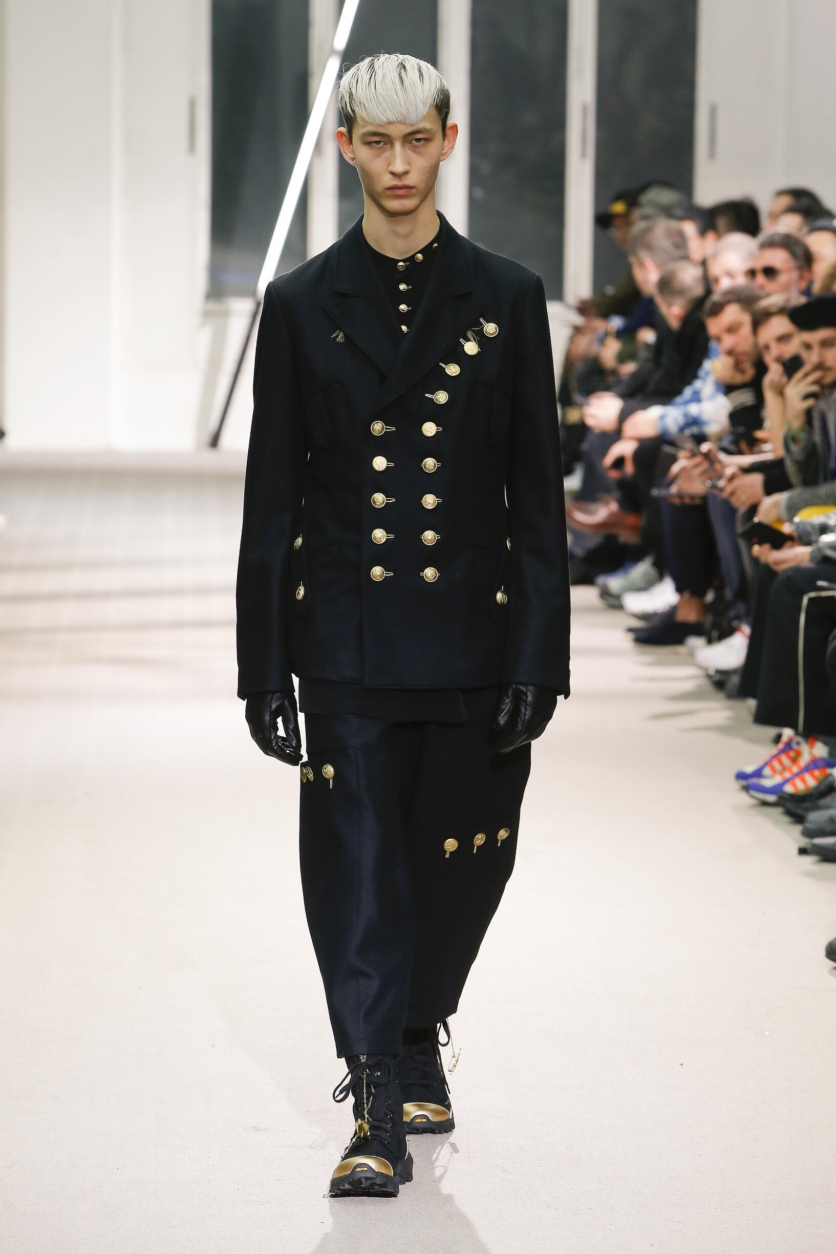 Catwalk Yohji Yamamoto Men Fashion Show Winter 2019