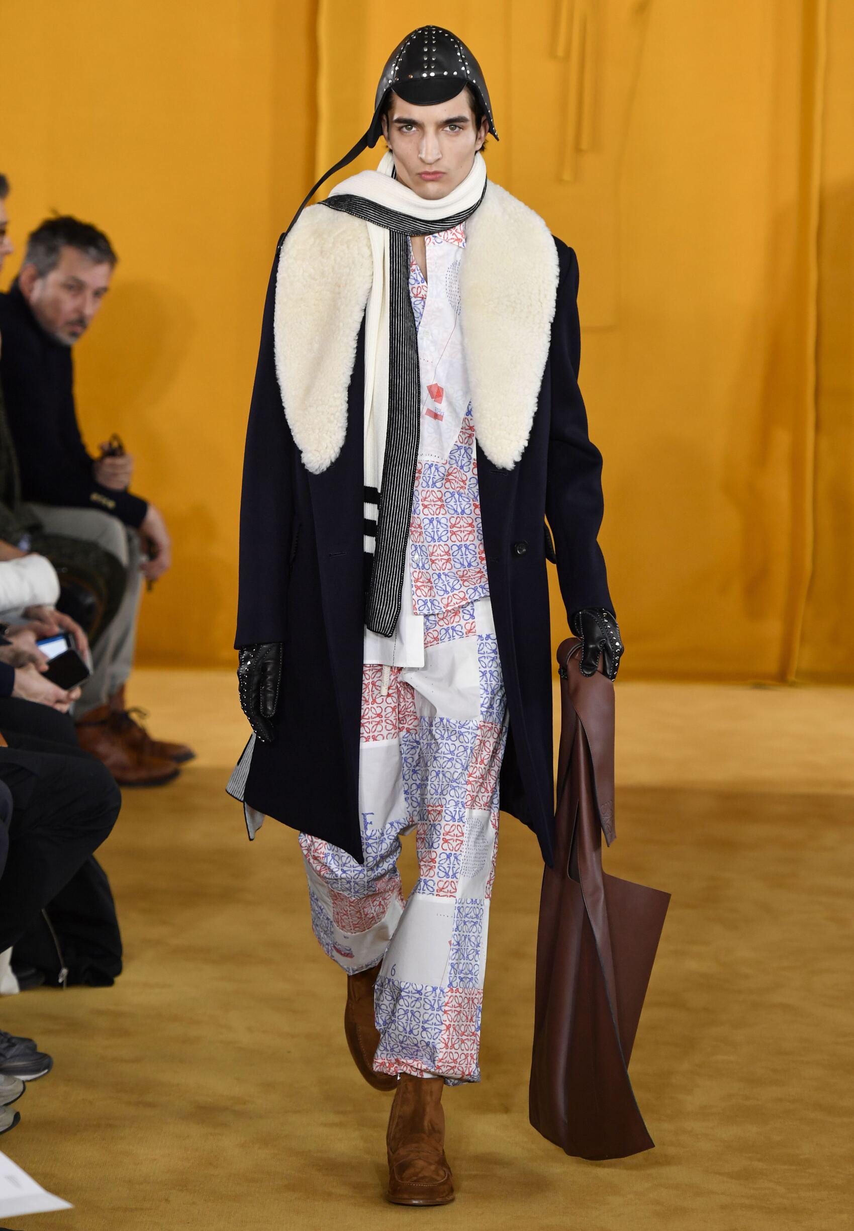 FW 2019-20 Loewe Fashion Show Paris