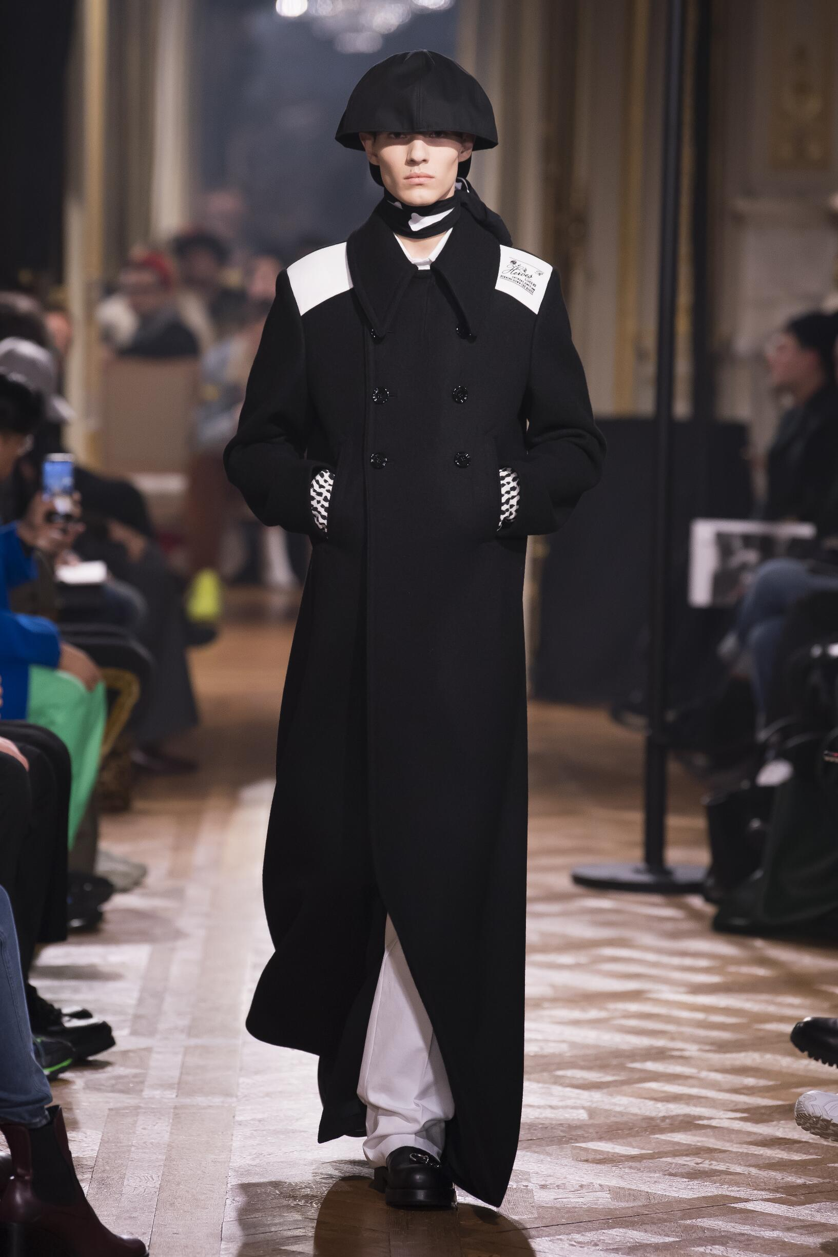 FW 2019-20 Raf Simons Fashion Show