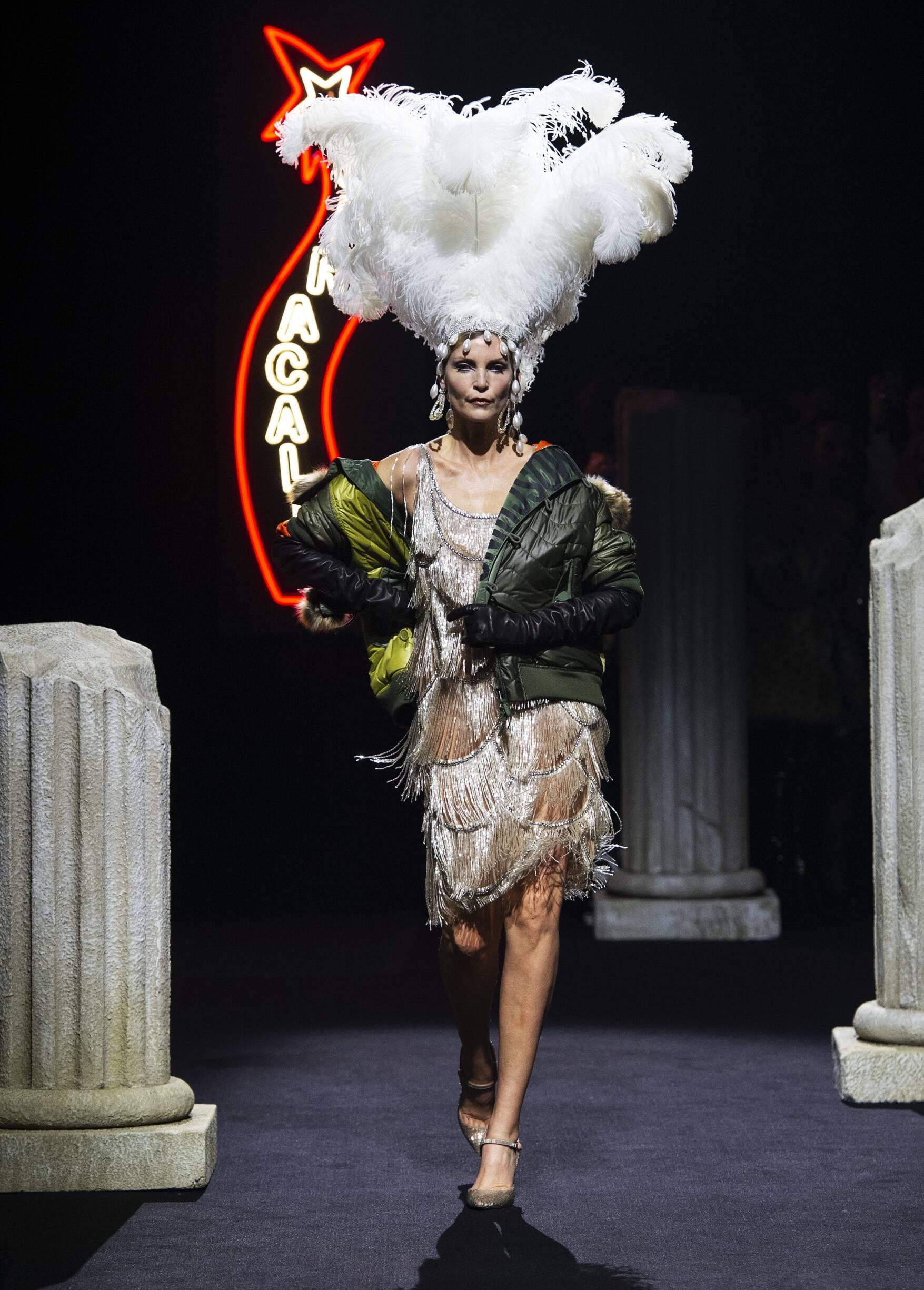 Fashion 2019 Runway Moschino Winter