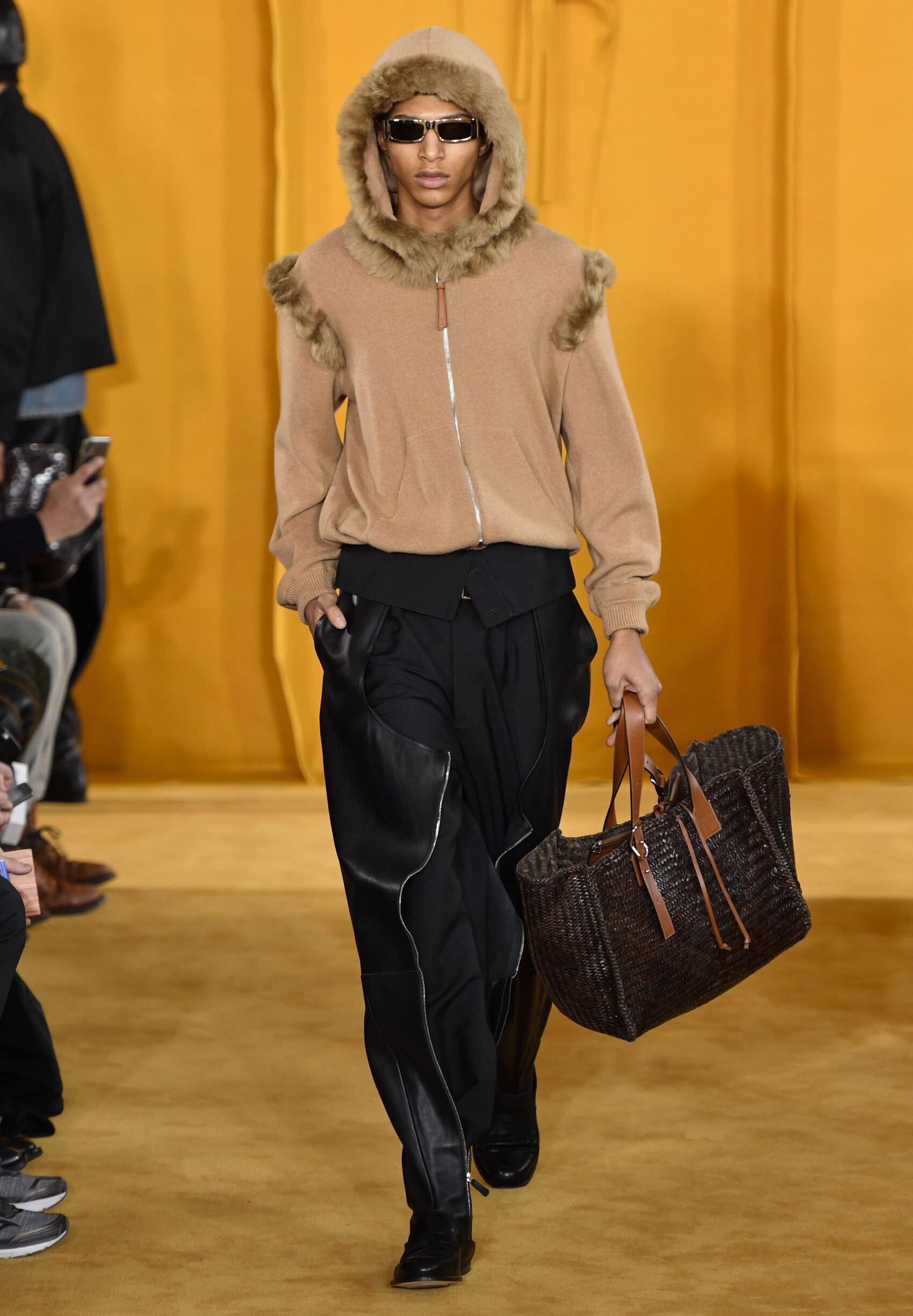 Loewe Fall Winter 2019 Mens Collection Paris Fashion Week