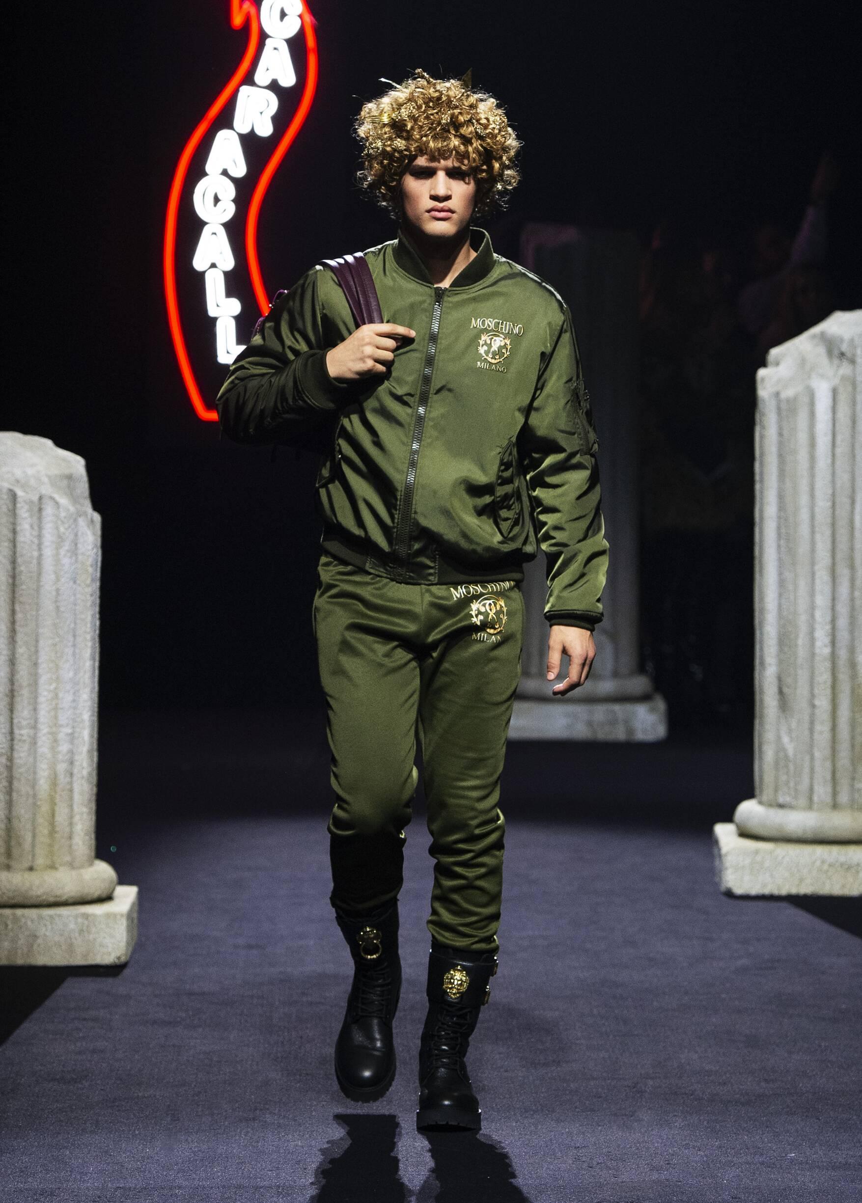 Menswear FW Moschino 2019
