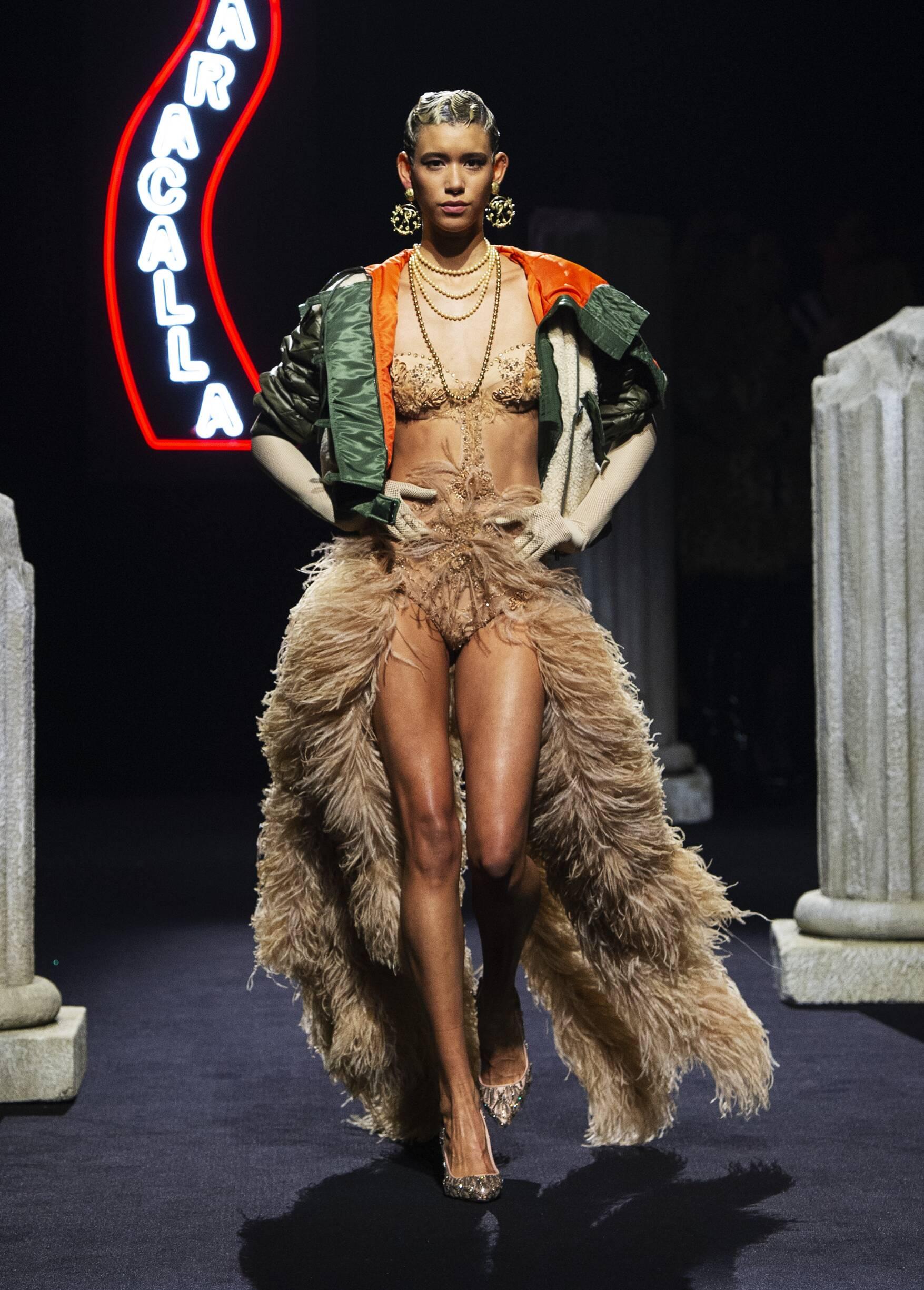 Moschino 2019 Rome Women Trends