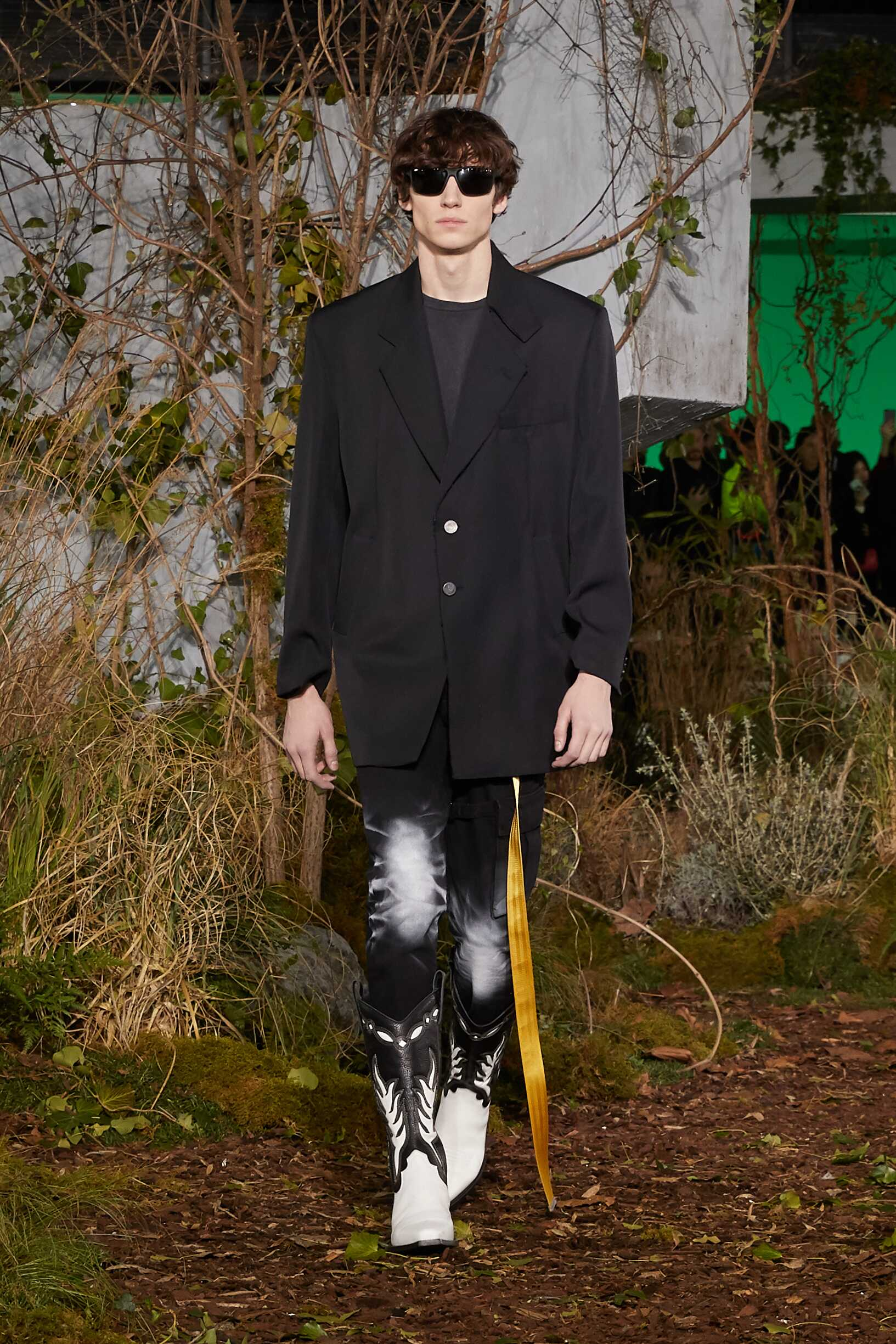 Off White c/o Virgil Abloh Fall Winter 2019 Mens Collection Paris Fashion Week