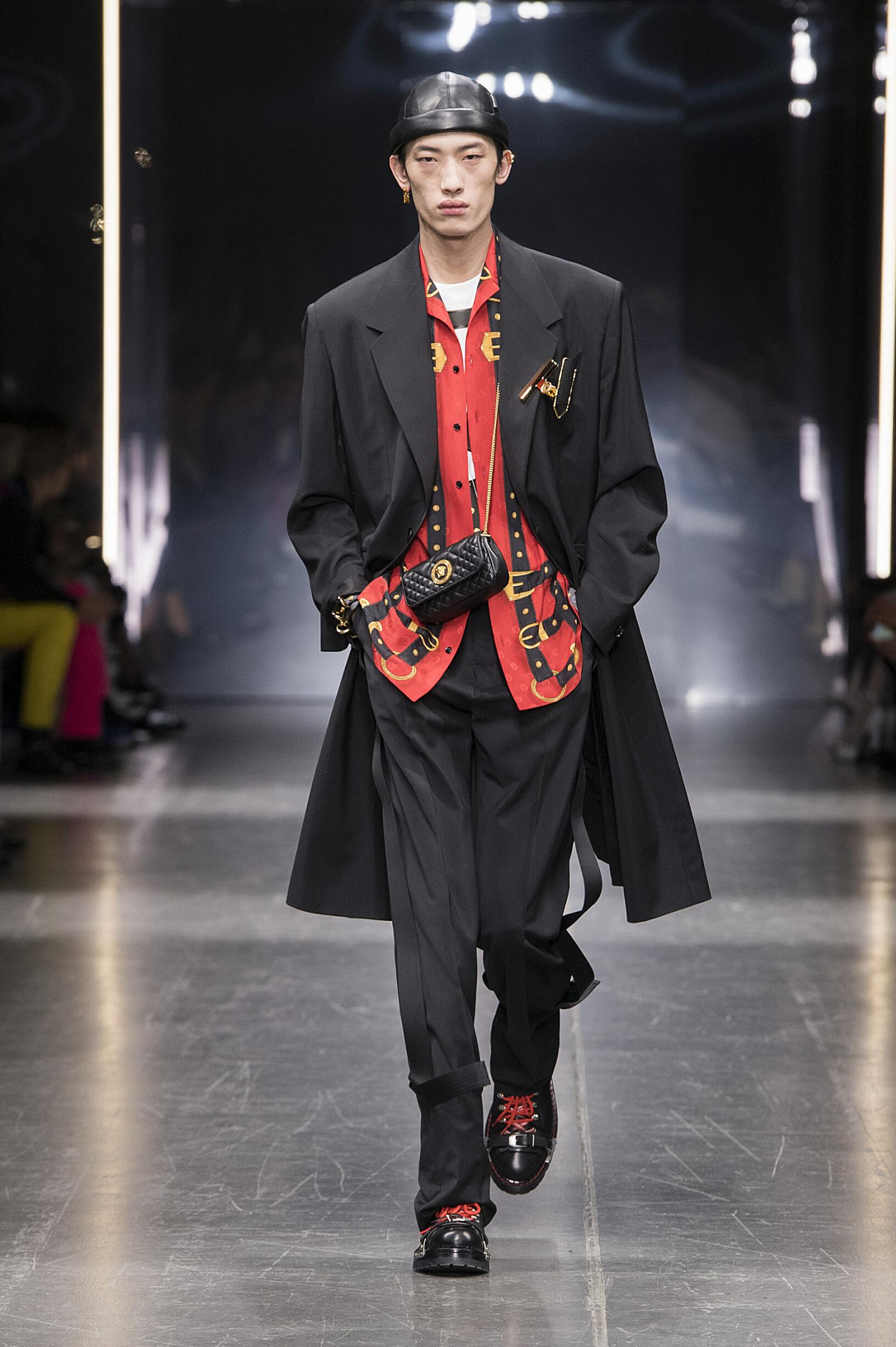 Versace Fall Winter 2019 Mens Collection Milan Fashion Week