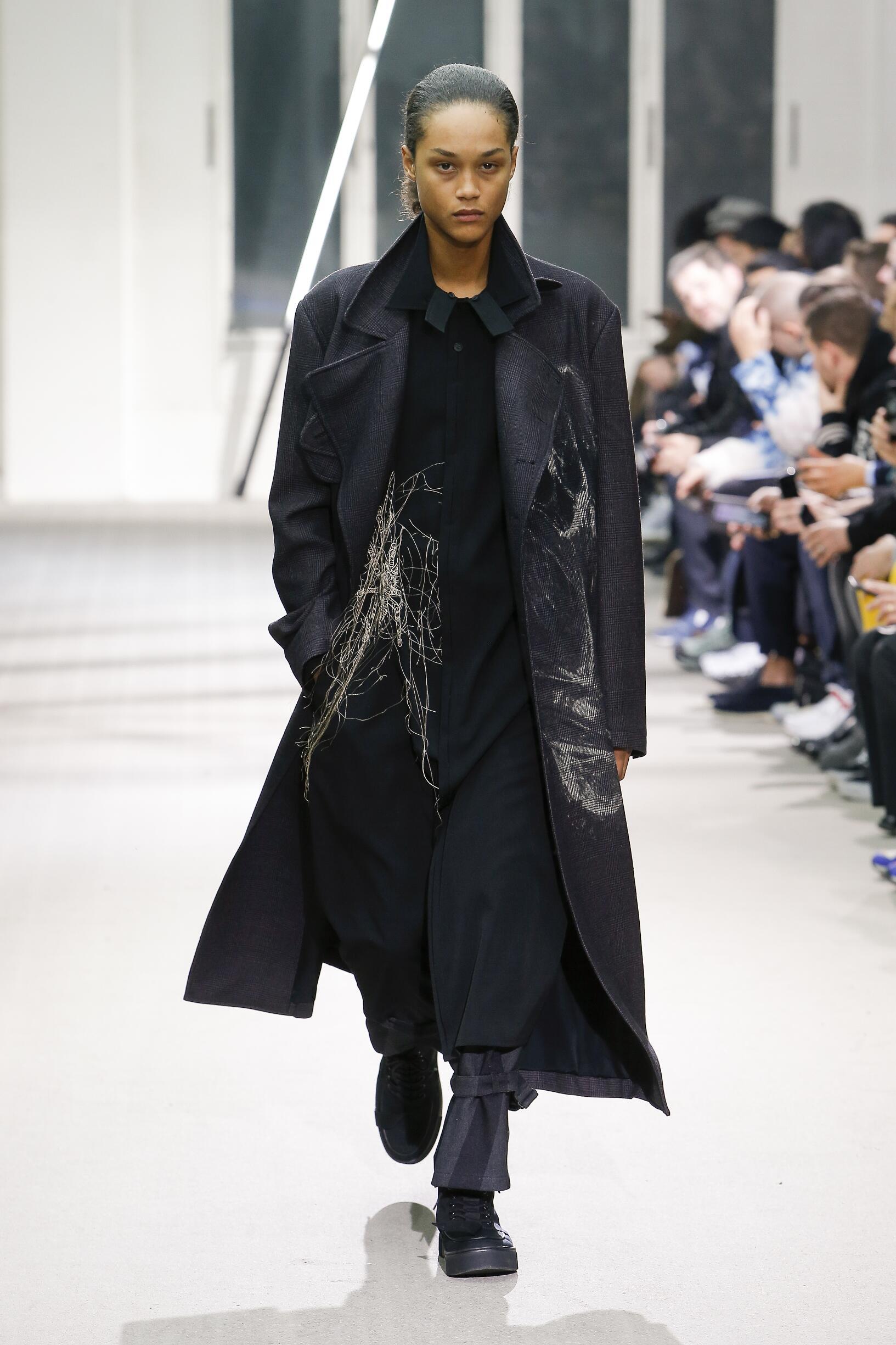 Woman Model Fashion Show Yohji Yamamoto
