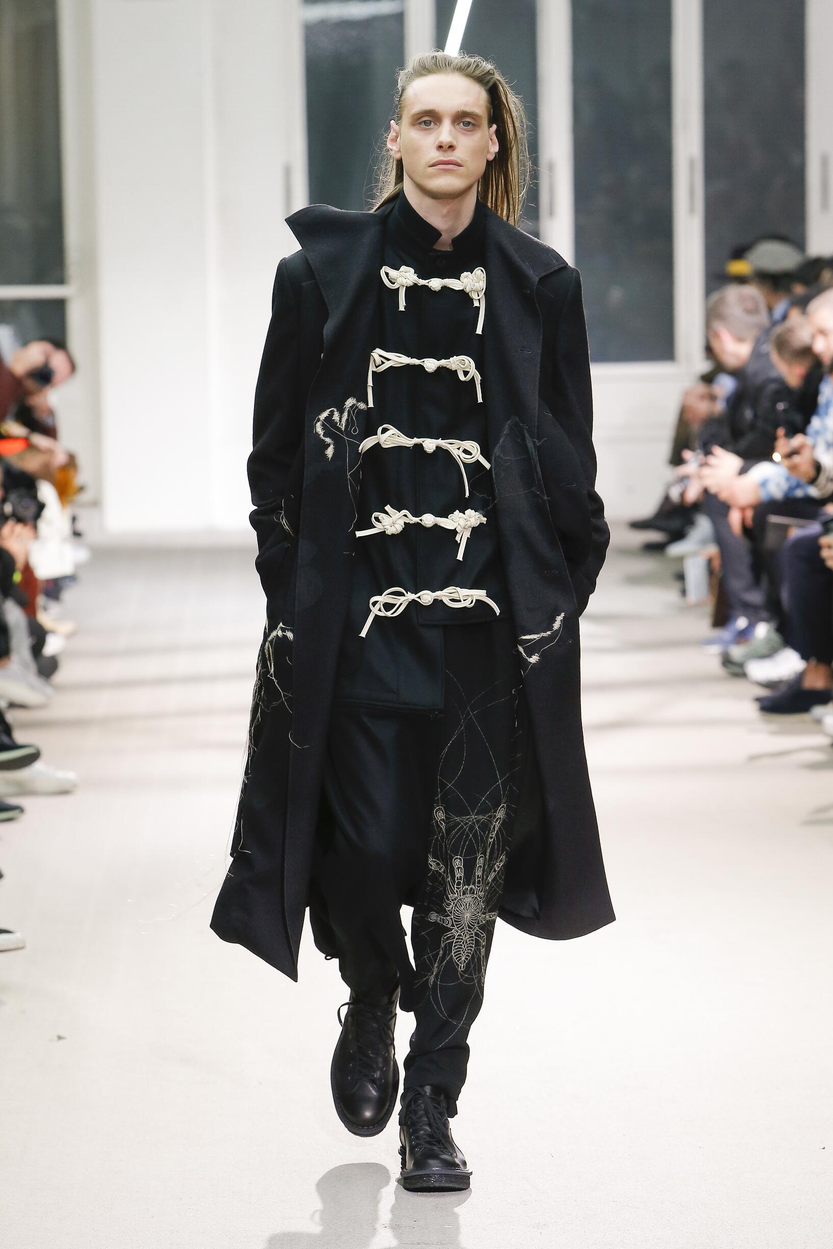 Yohji Yamamoto Fall Winter 2019 Mens Collection Paris Fashion Week