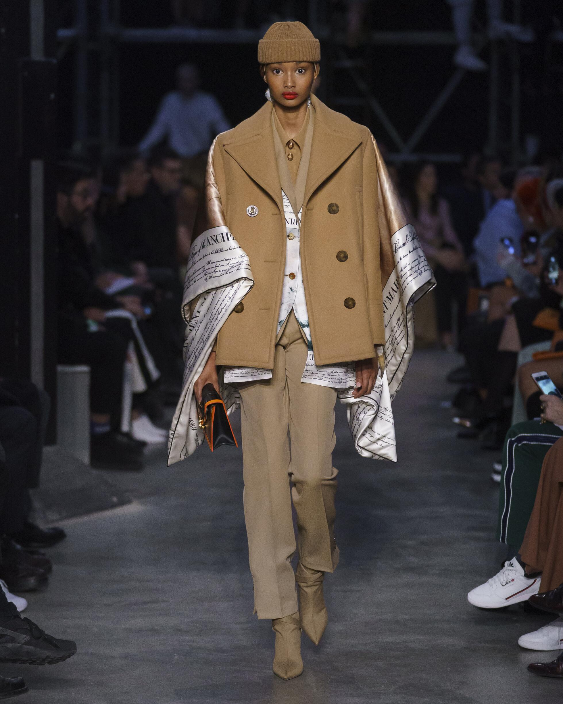 2019 Burberry Catwalk