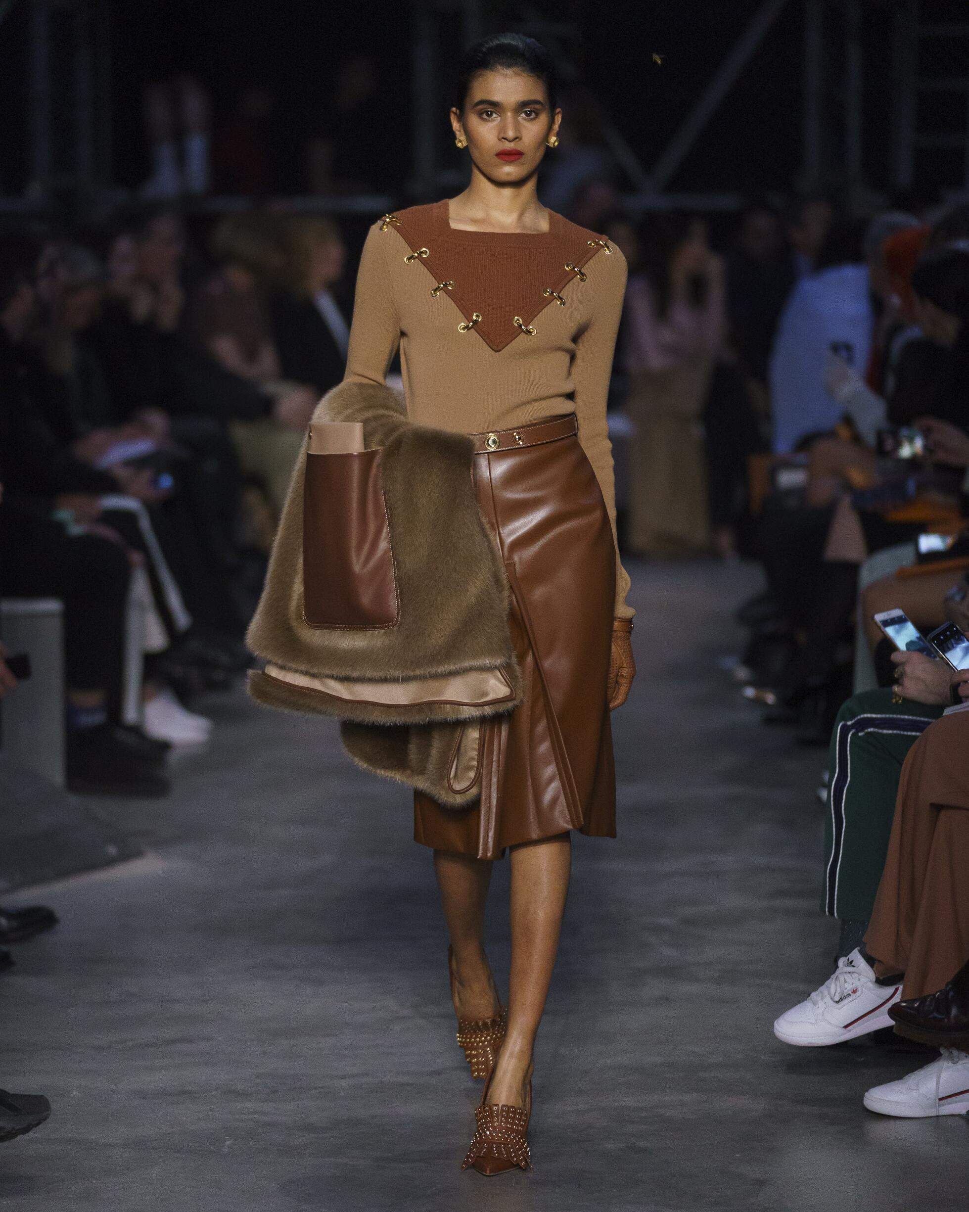 2019 Burberry Trends London Fashion Week