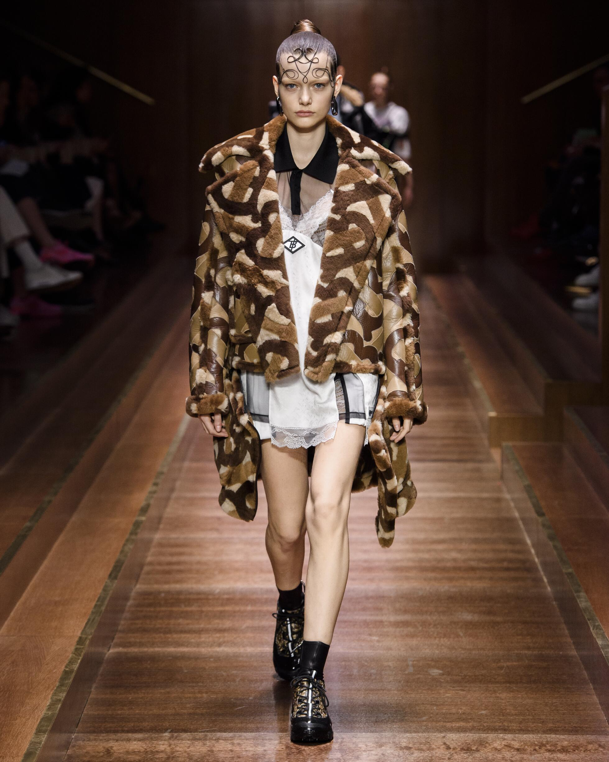 2019 Catwalk Burberry Winter