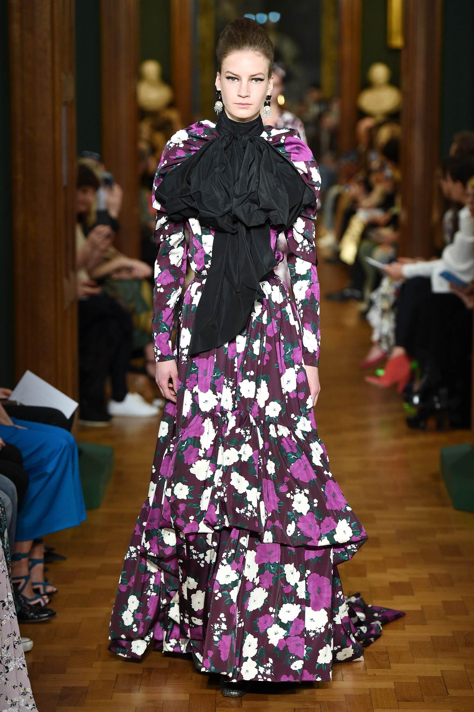 2019 Catwalk Erdem Woman Fashion Show Winter