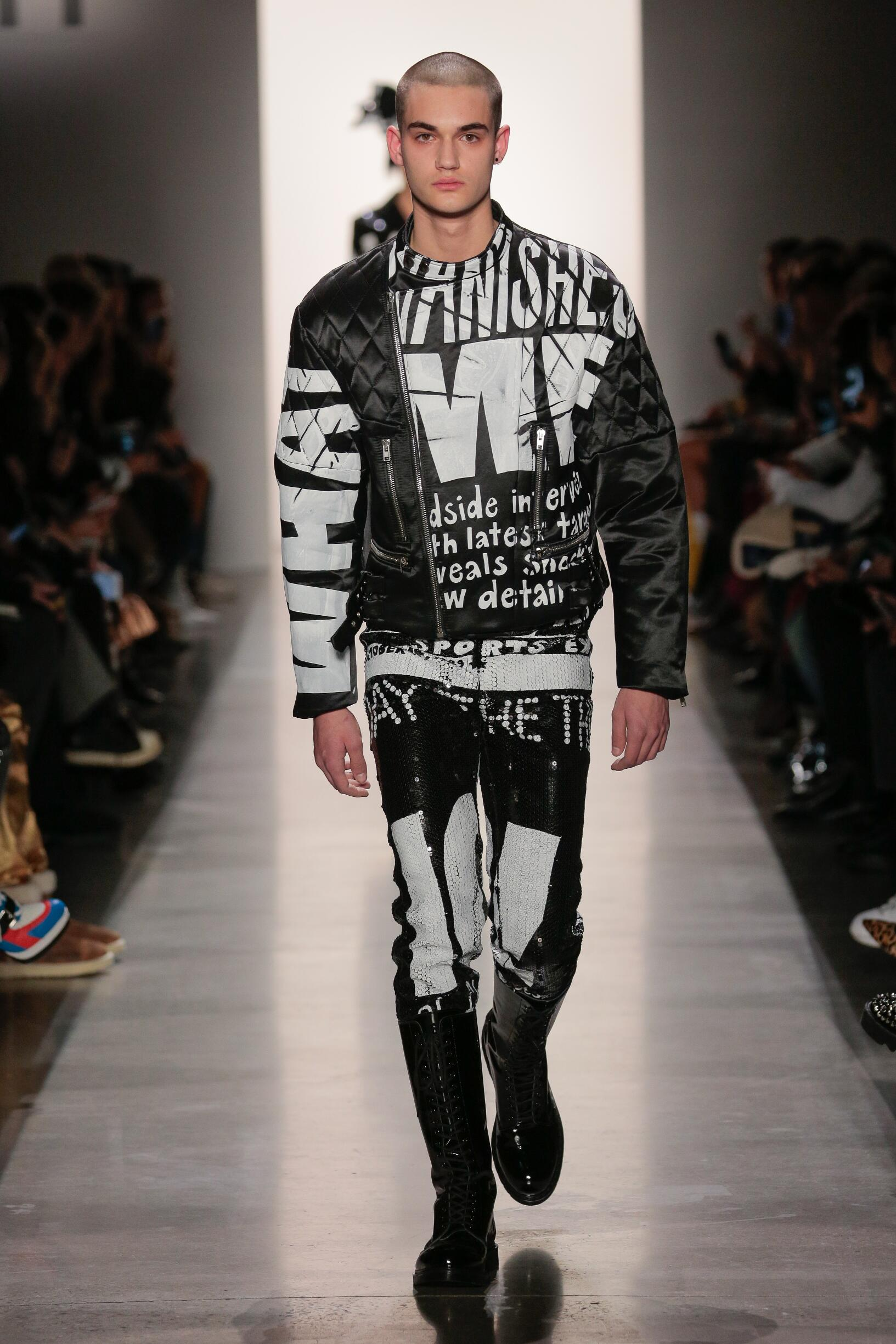 2019 Catwalk Jeremy Scott Winter