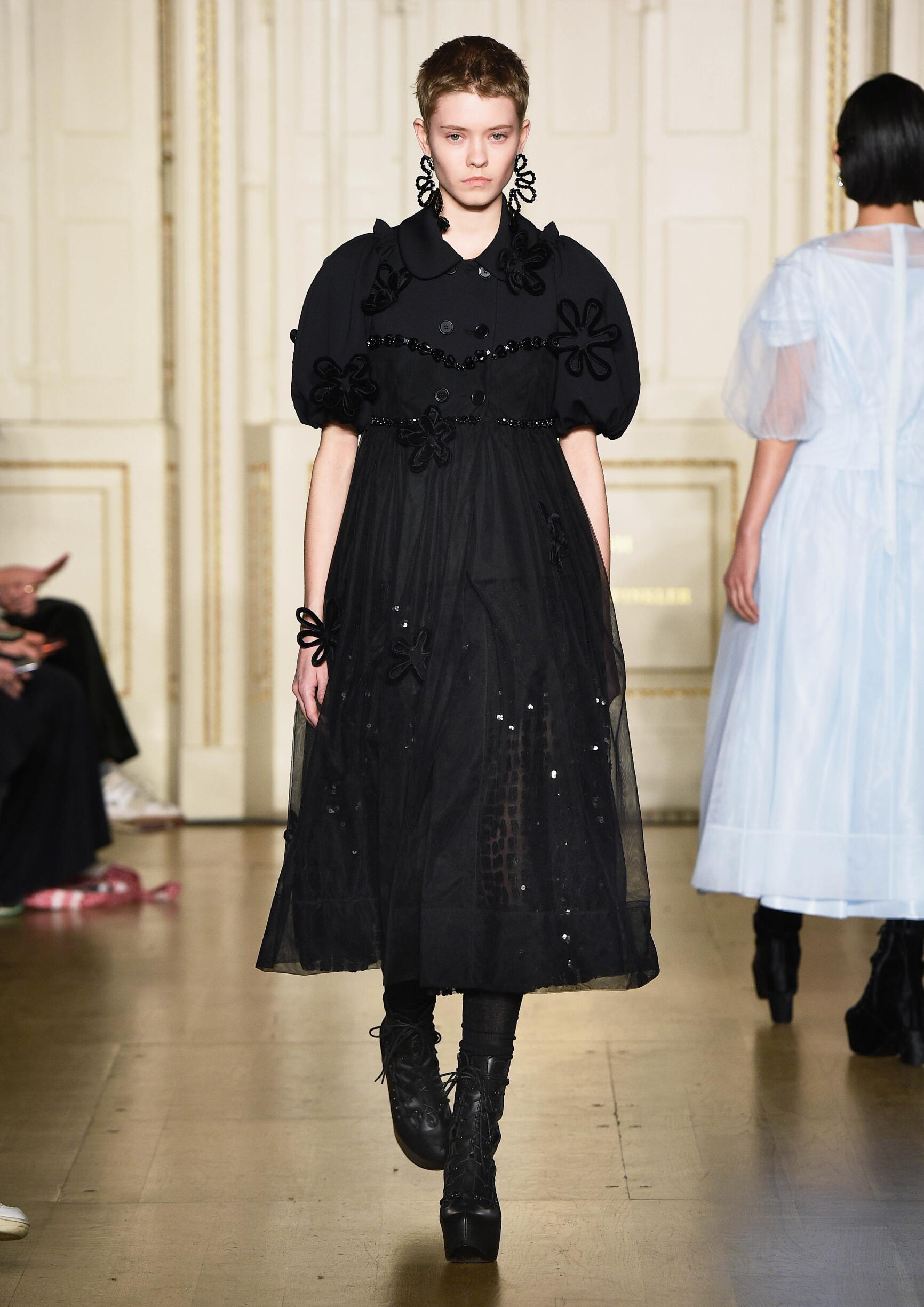 2019 Catwalk Simone Rocha Winter