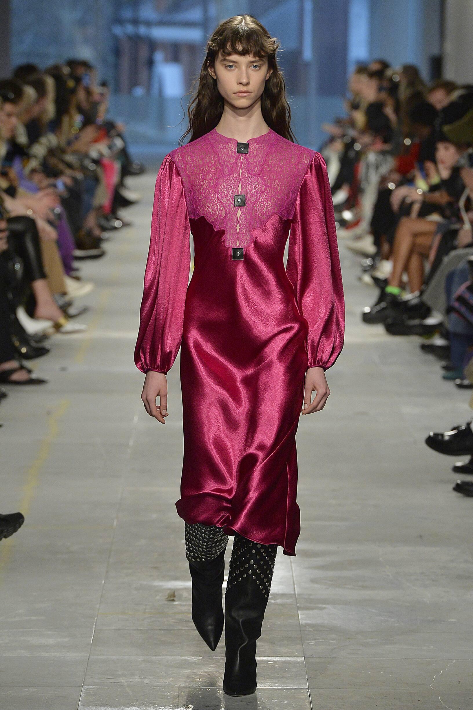 2019 Christopher Kane Catwalk London Fashion Week