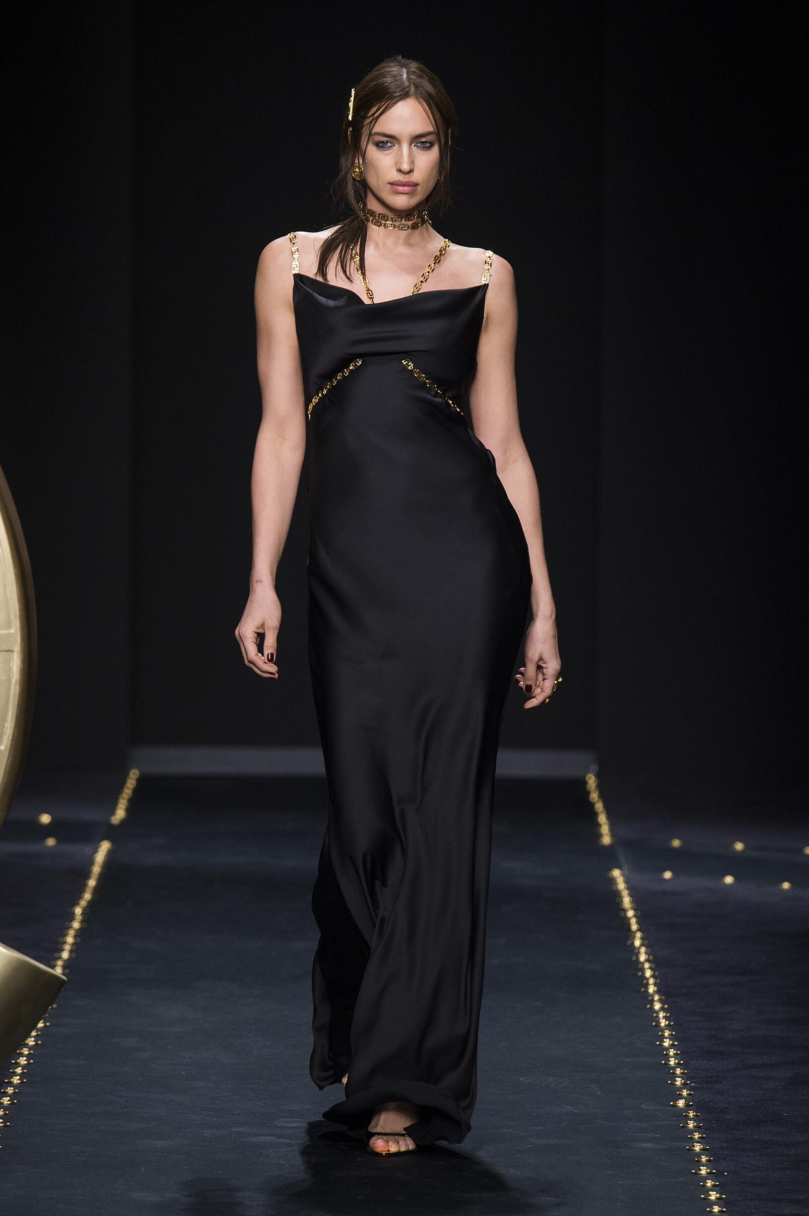 2019 Versace Trends Milan Fashion Week