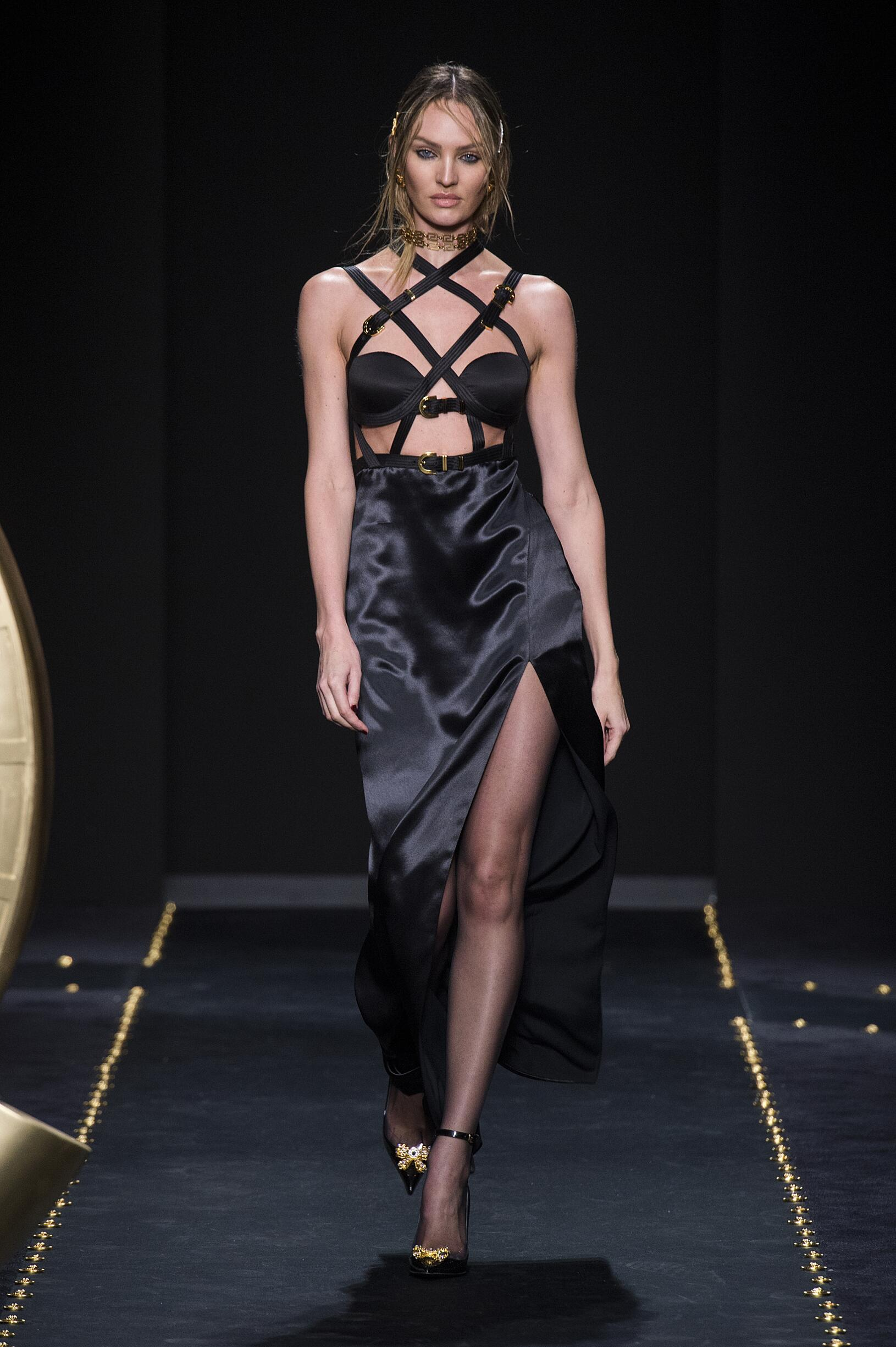 2019 Versace Winter Runway Show