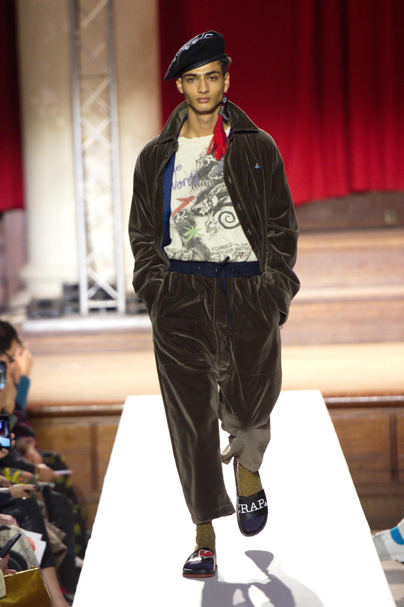 2019 Vivienne Westwood Catwalk London Fashion Week
