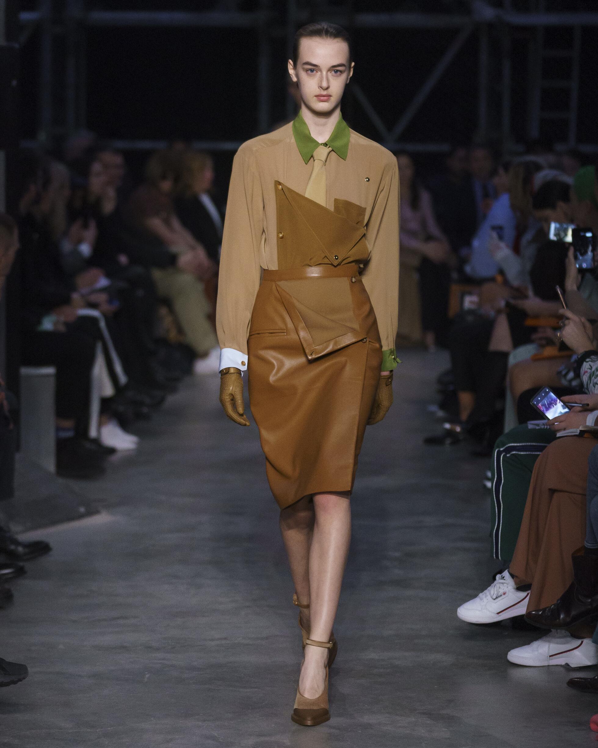 2019 Woman Burberry Trends London Fashion Week