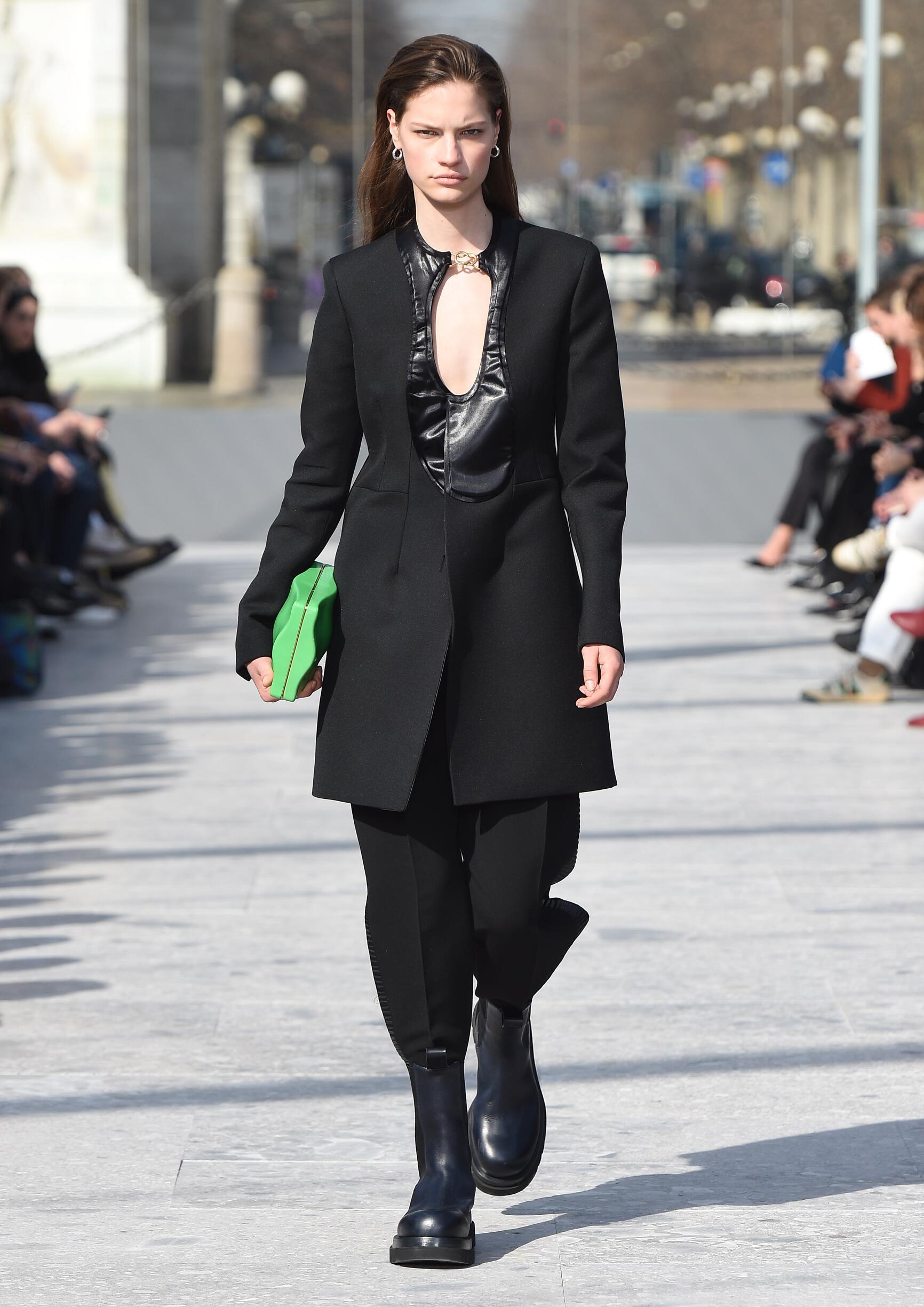 2019 Woman Style Bottega Veneta