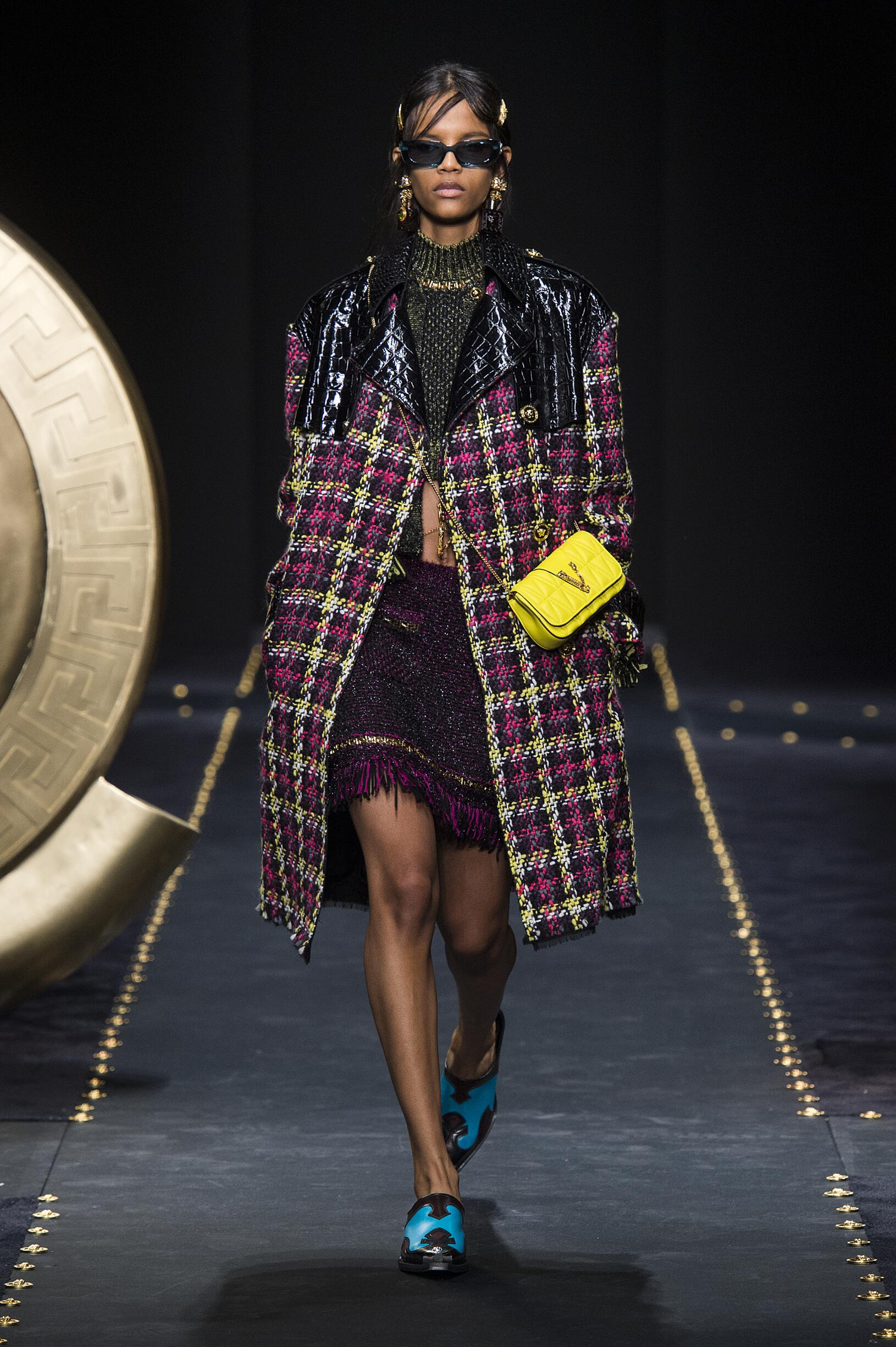 2019 Woman Style Versace