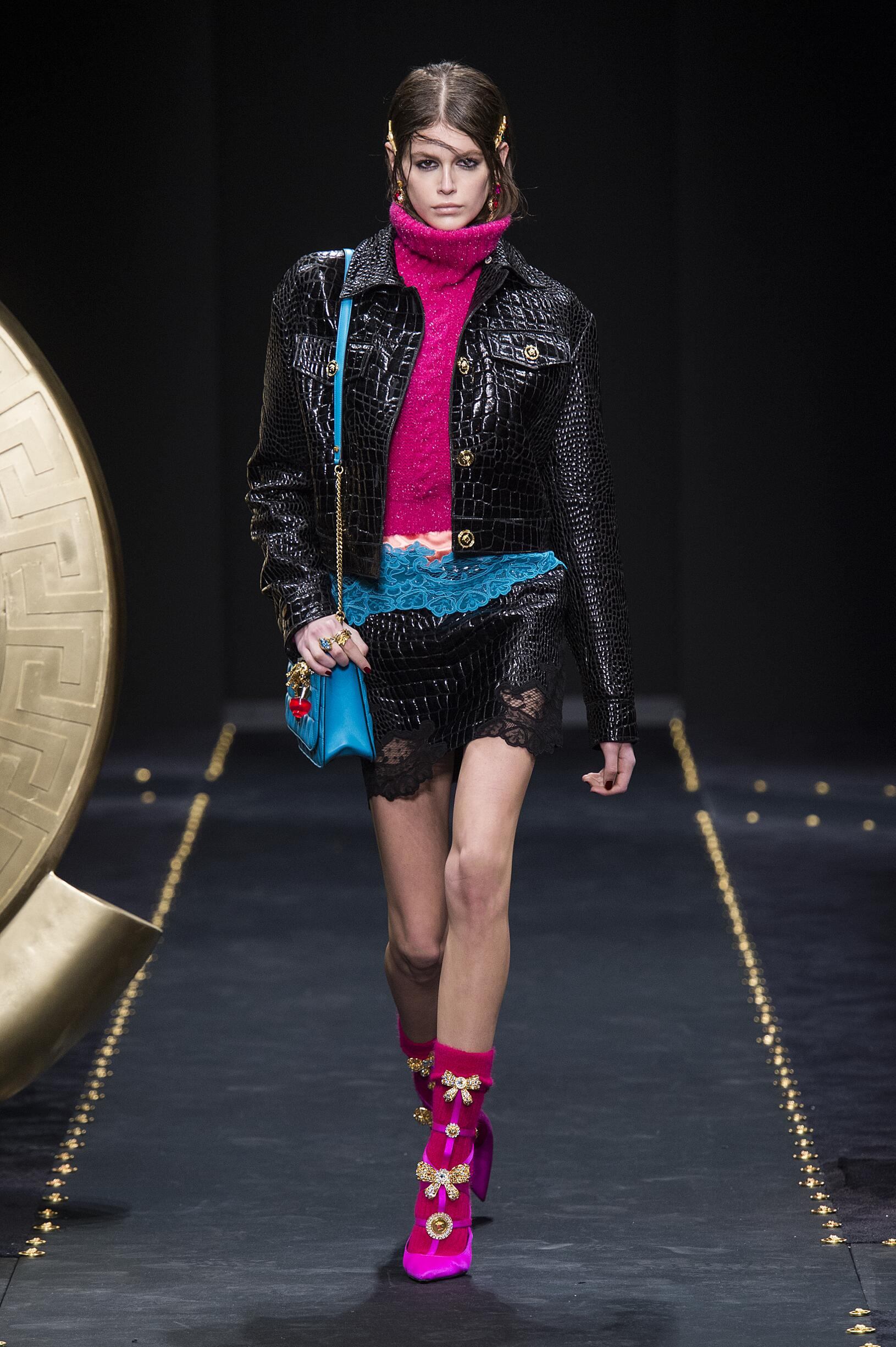 2019 Woman Versace Trends Milan Fashion Week
