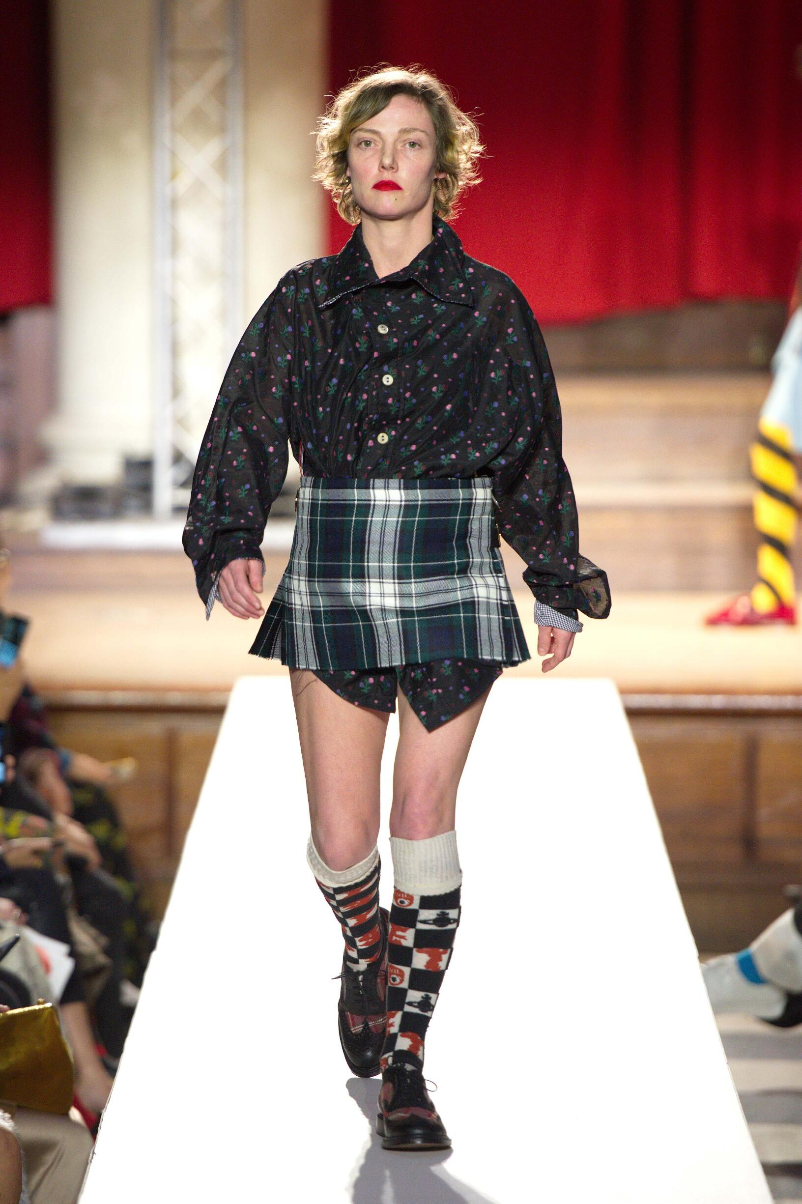 2019 Woman Vivienne Westwood Trends London Fashion Week