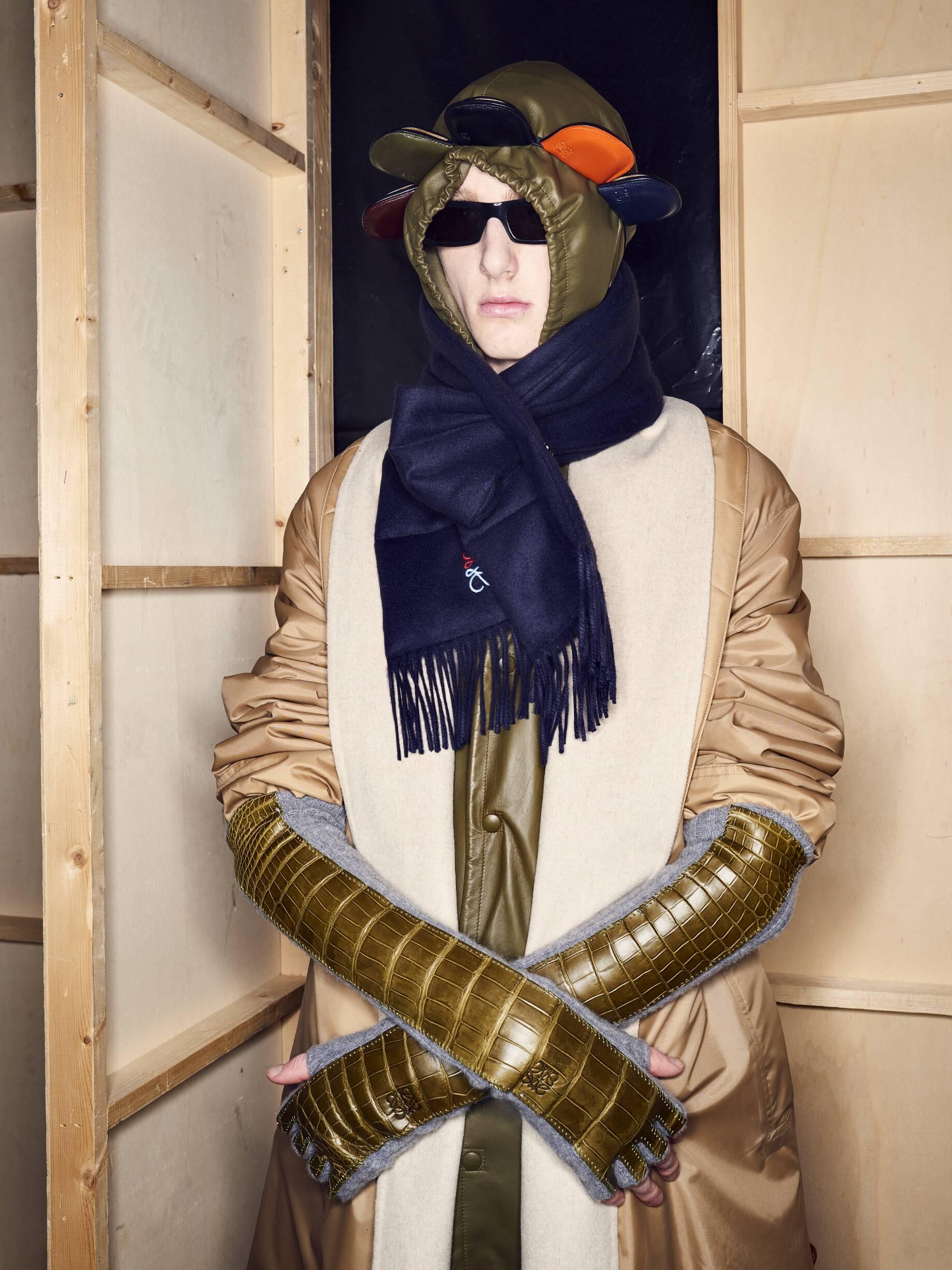 Backstage Loewe Model Menswear