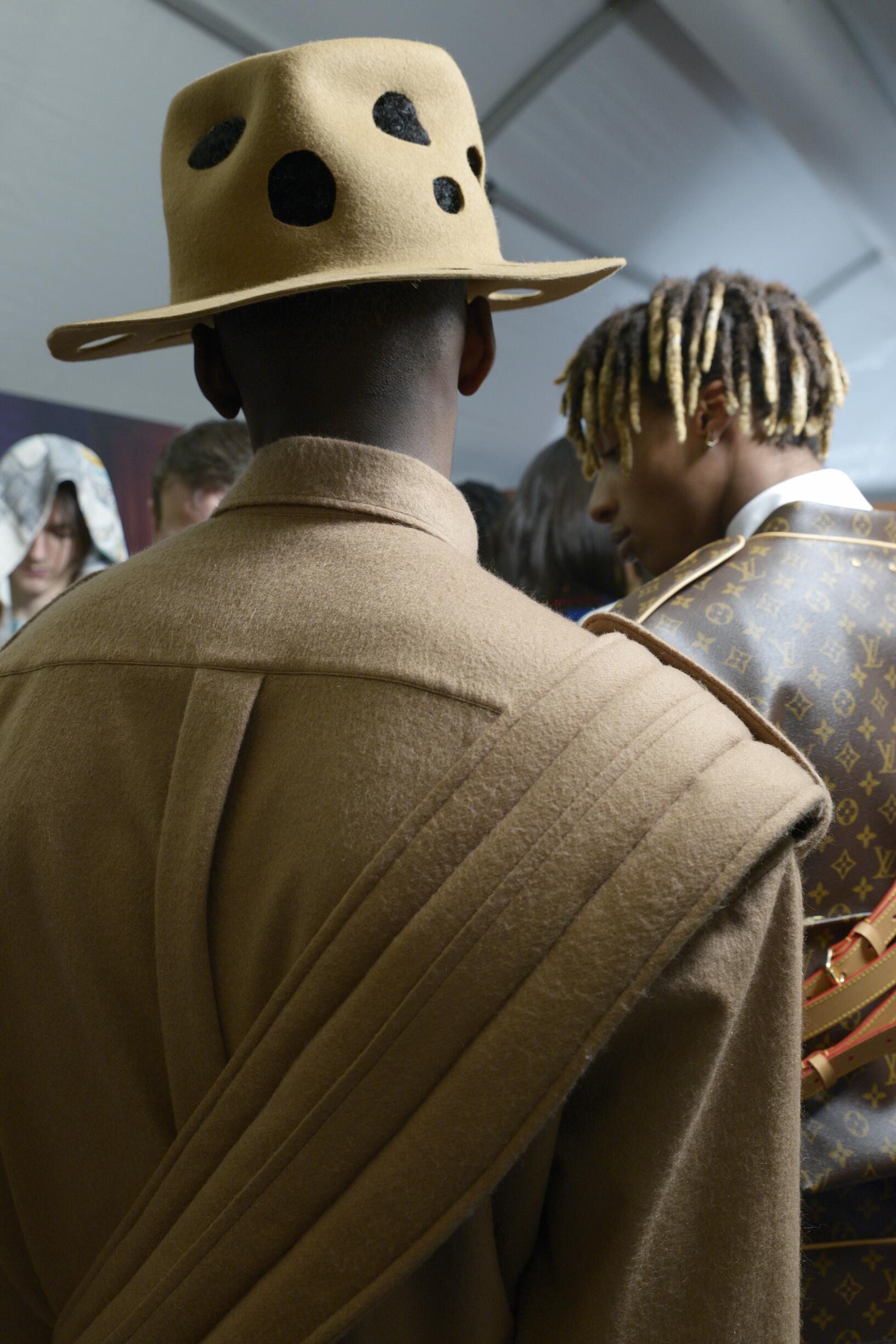Backstage Louis Vuitton Detail Fall 2019 Collection Paris Fashion Week