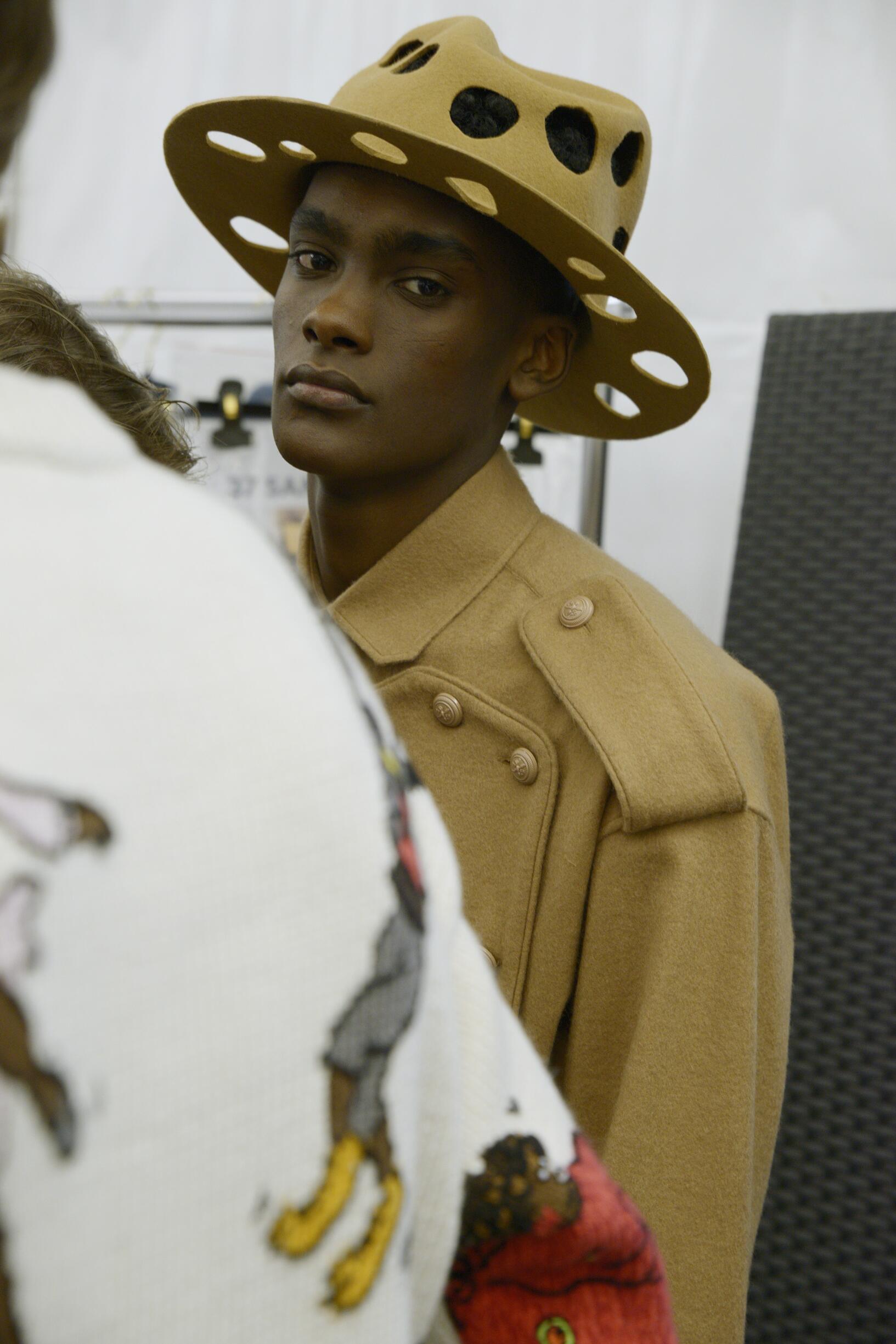 Backstage Louis Vuitton Fashion Trends 2019
