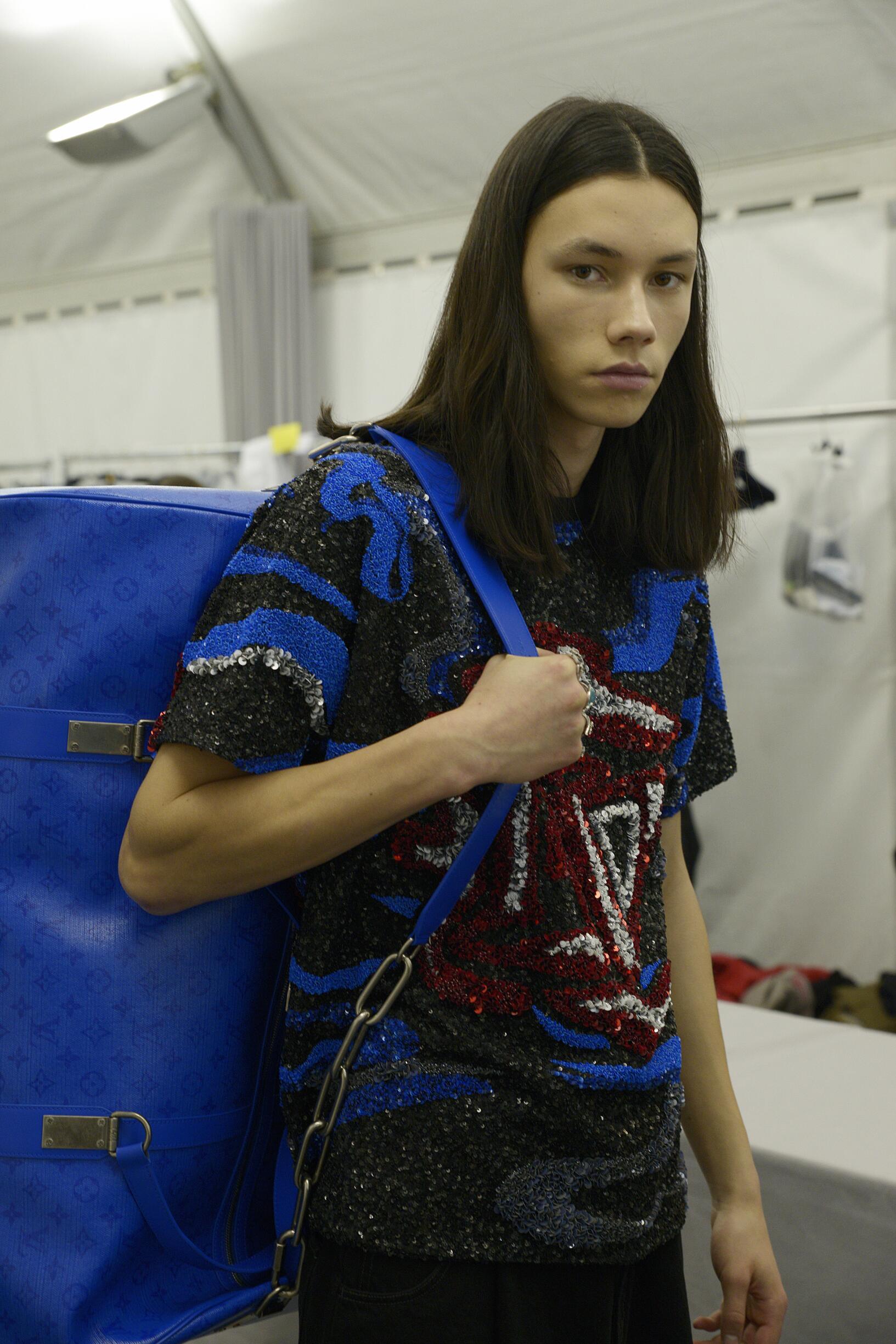 Backstage Louis Vuitton Model 2019 FW
