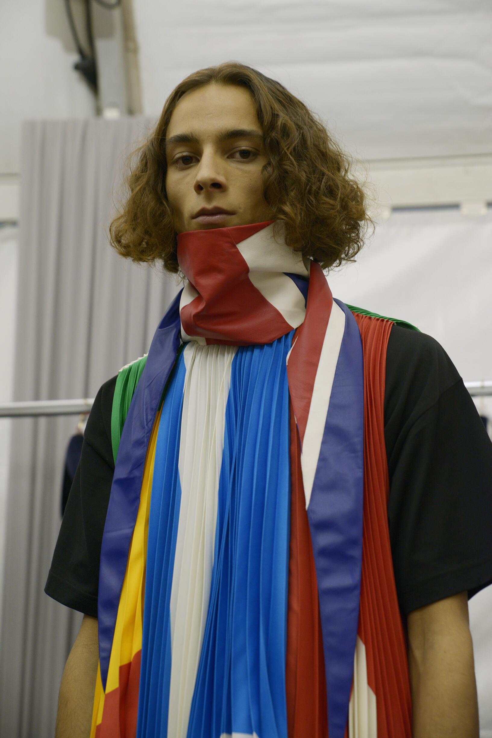 Backstage Louis Vuitton Trends