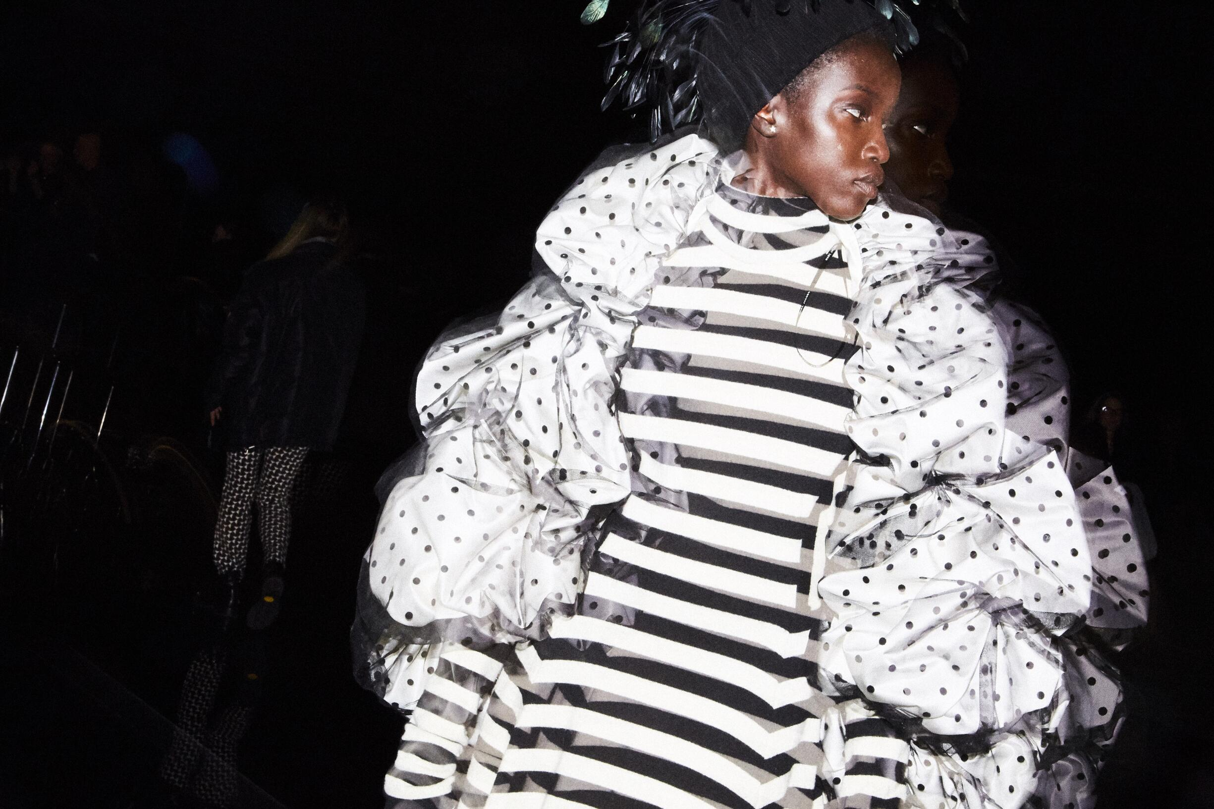 Backstage Marc Jacobs Fashion Trends